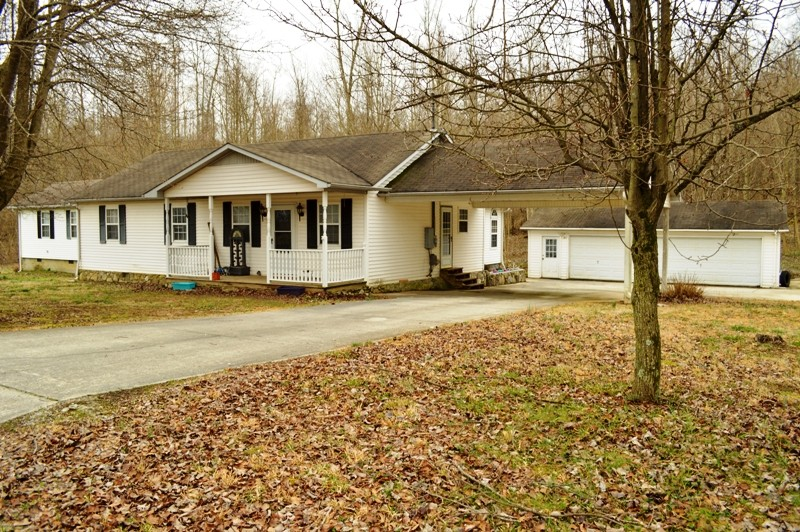 242 Cave Circle Dr Property Photo - Manchester, TN real estate listing