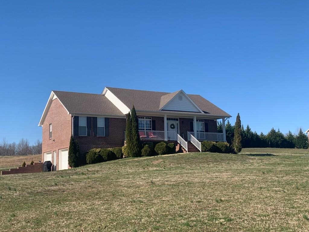 249 W Laurel Dr Property Photo - Lawrenceburg, TN real estate listing