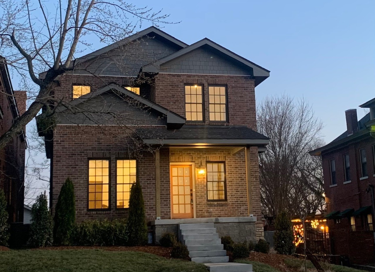922 Russell St Property Photo - Nashville, TN real estate listing