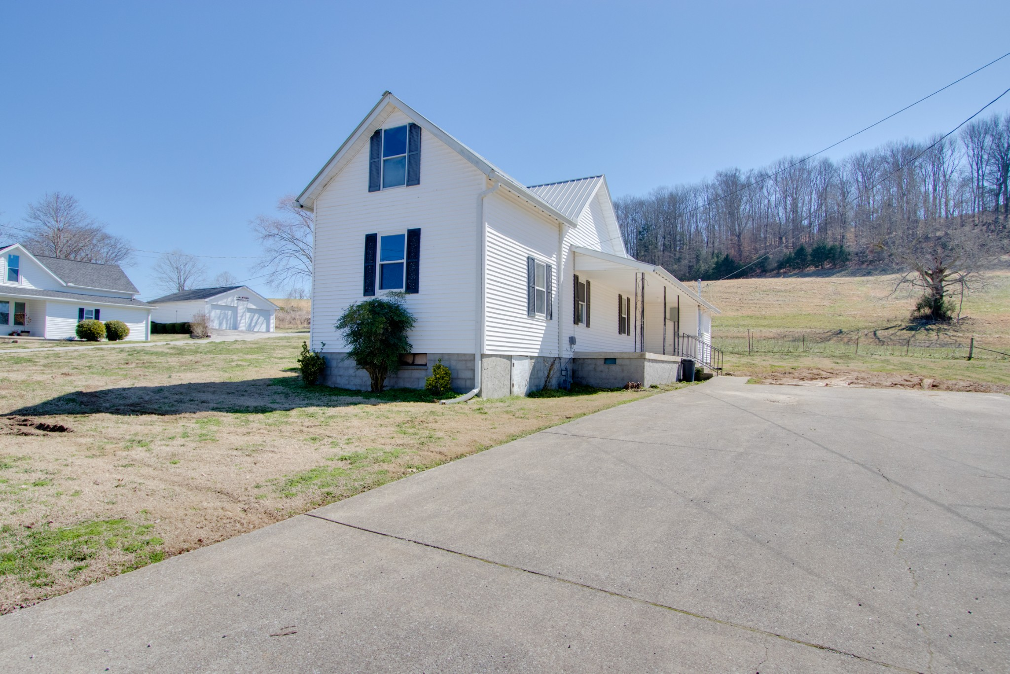 15 Cloverdale Ln Property Photo - Hickman, TN real estate listing