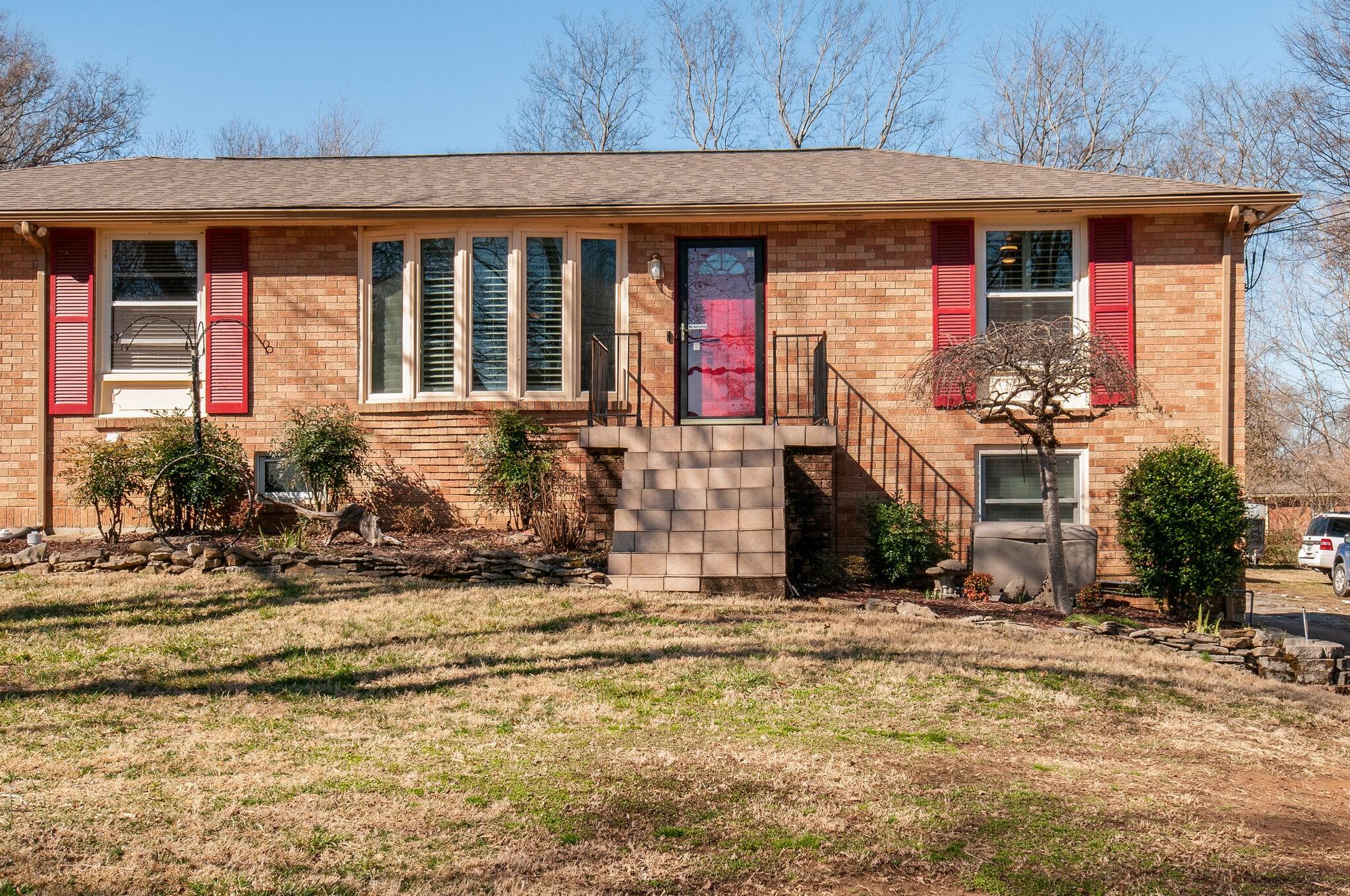 4417 Lealand Ln Property Photo