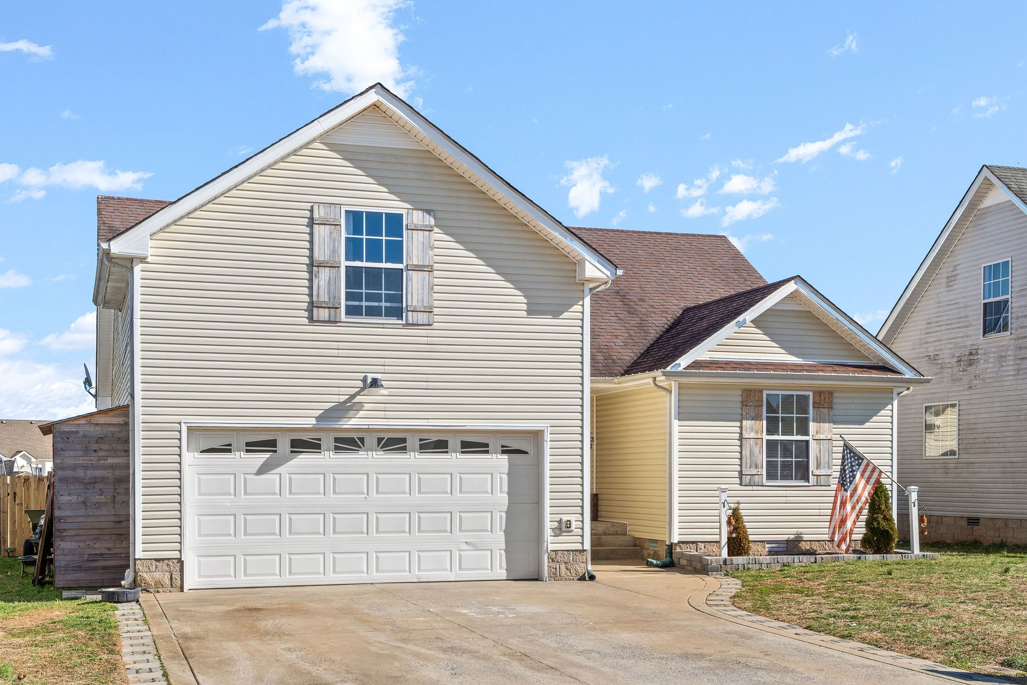1051 Cindy Jo Ct Property Photo - Clarksville, TN real estate listing
