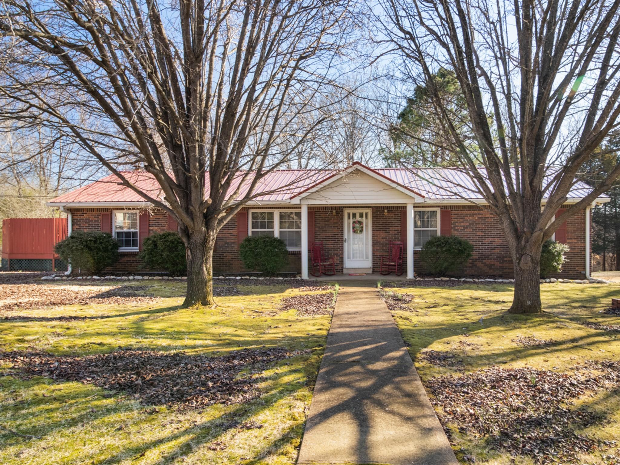 1416 Ridgewood Road Property Photo - Centerville, TN real estate listing