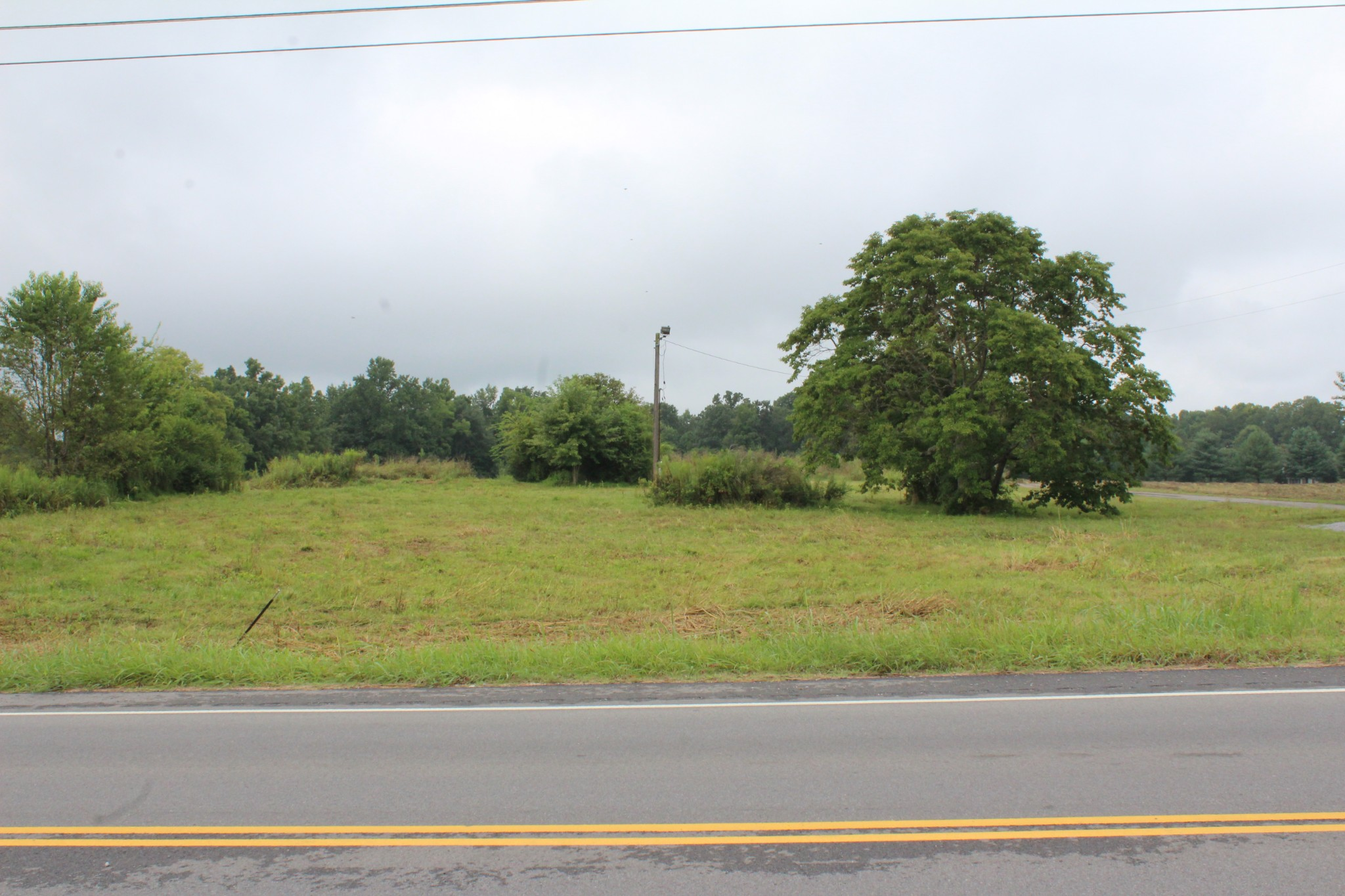 8577 Highway 25 Property Photo - Cross Plains, TN real estate listing
