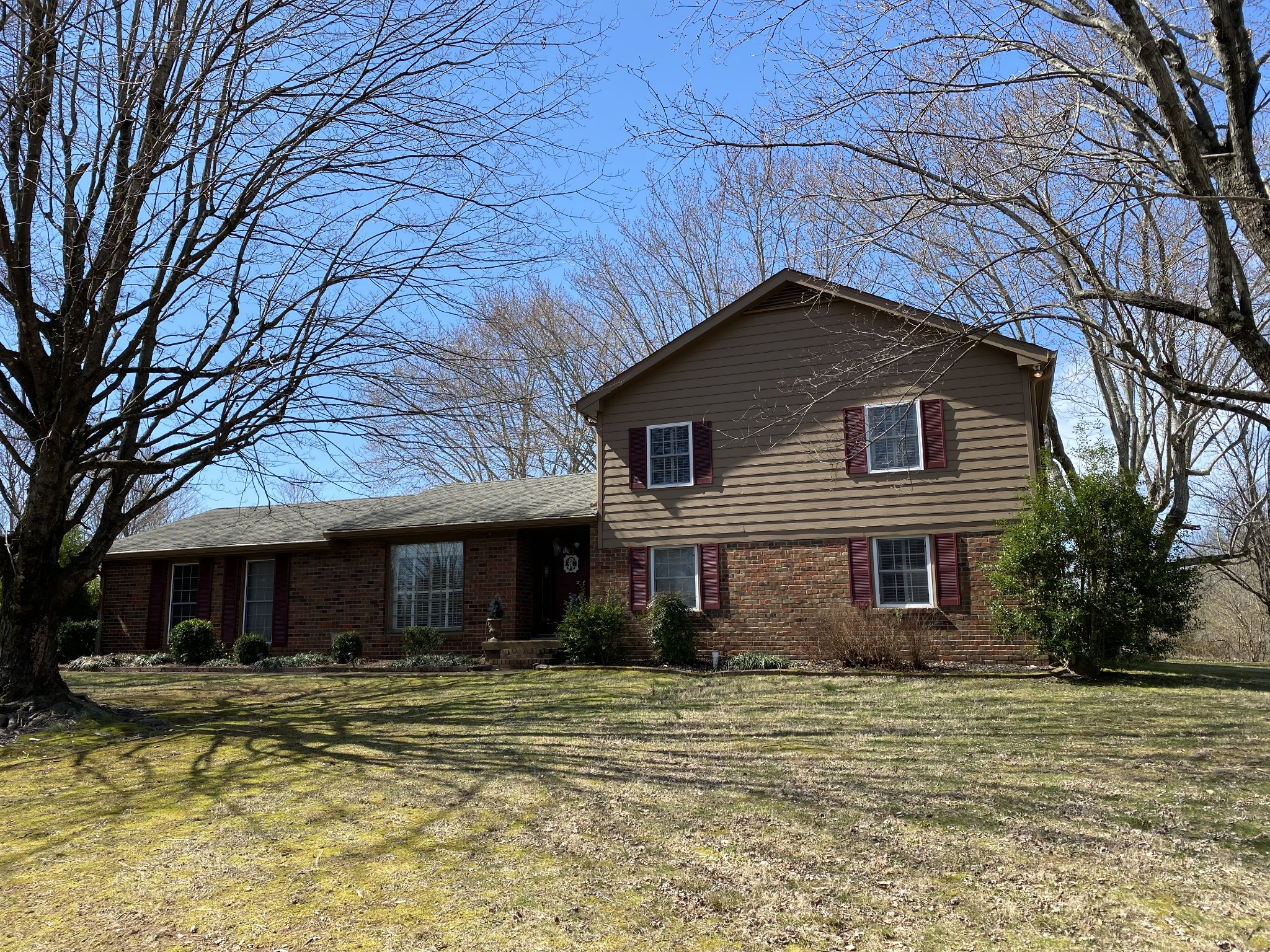 2210 Daniels Rd Property Photo - Greenbrier, TN real estate listing