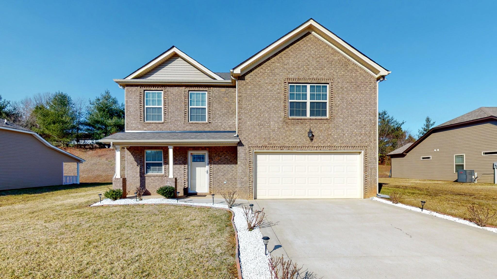 453 Golf Club Ln Property Photo - Springfield, TN real estate listing