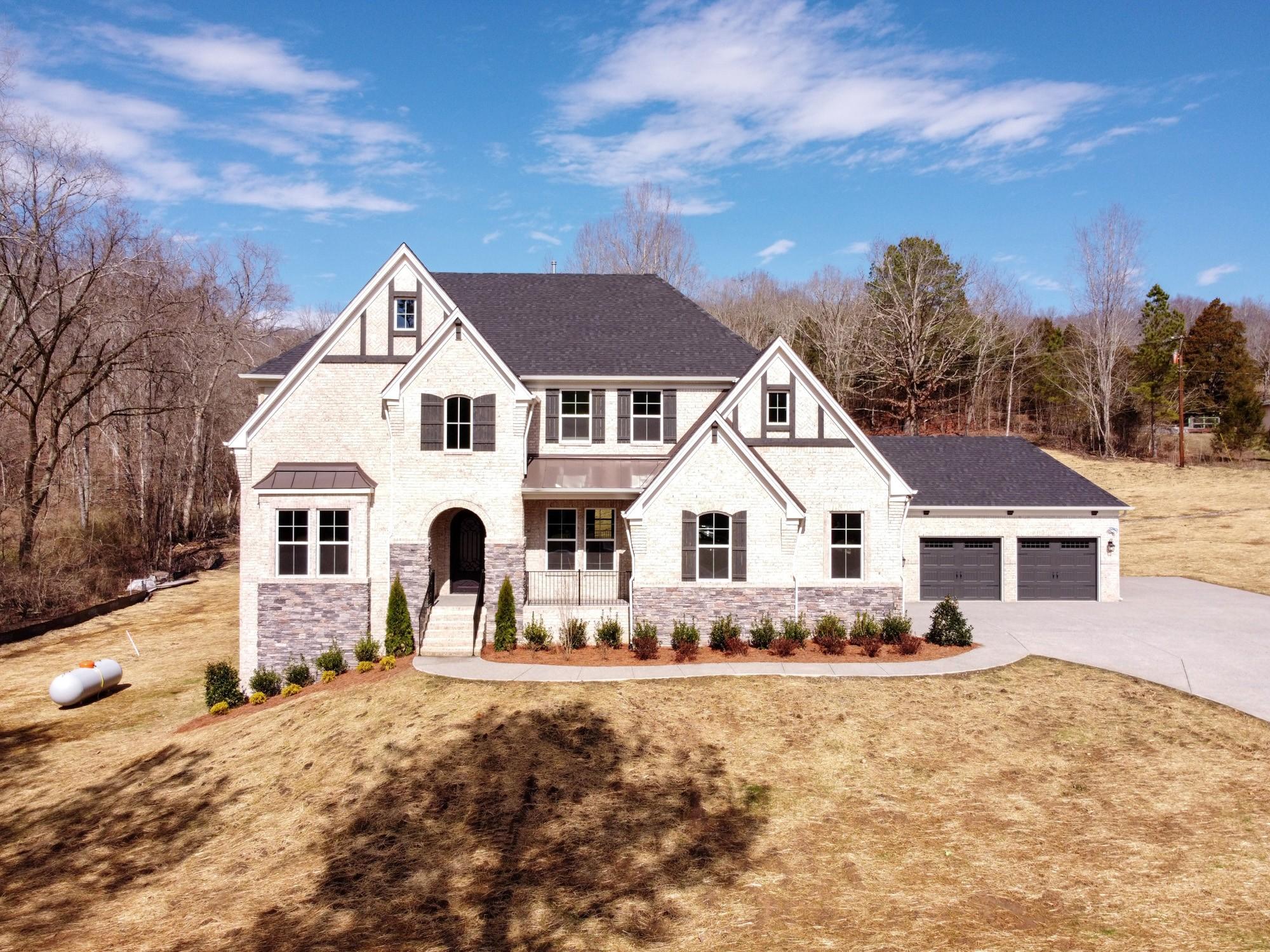 8170 Charlotte Pike Property Photo - Nashville, TN real estate listing