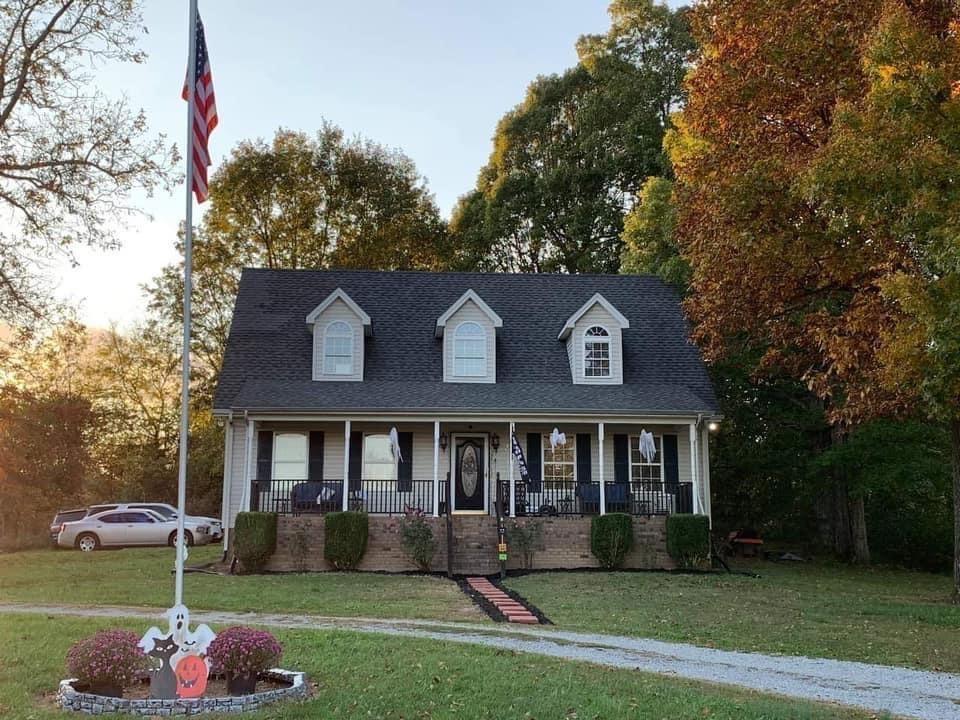 223 Lauren Ln Property Photo - Westmoreland, TN real estate listing