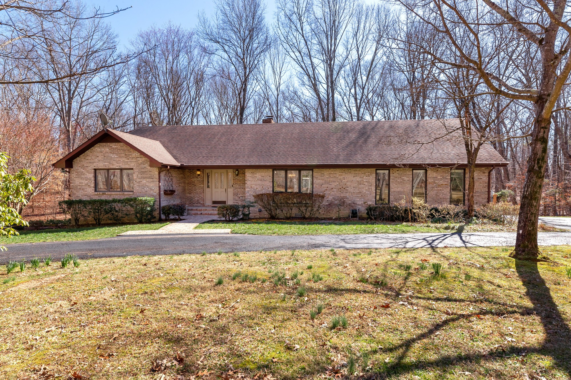 1420 Short Springs Rd Property Photo - Tullahoma, TN real estate listing
