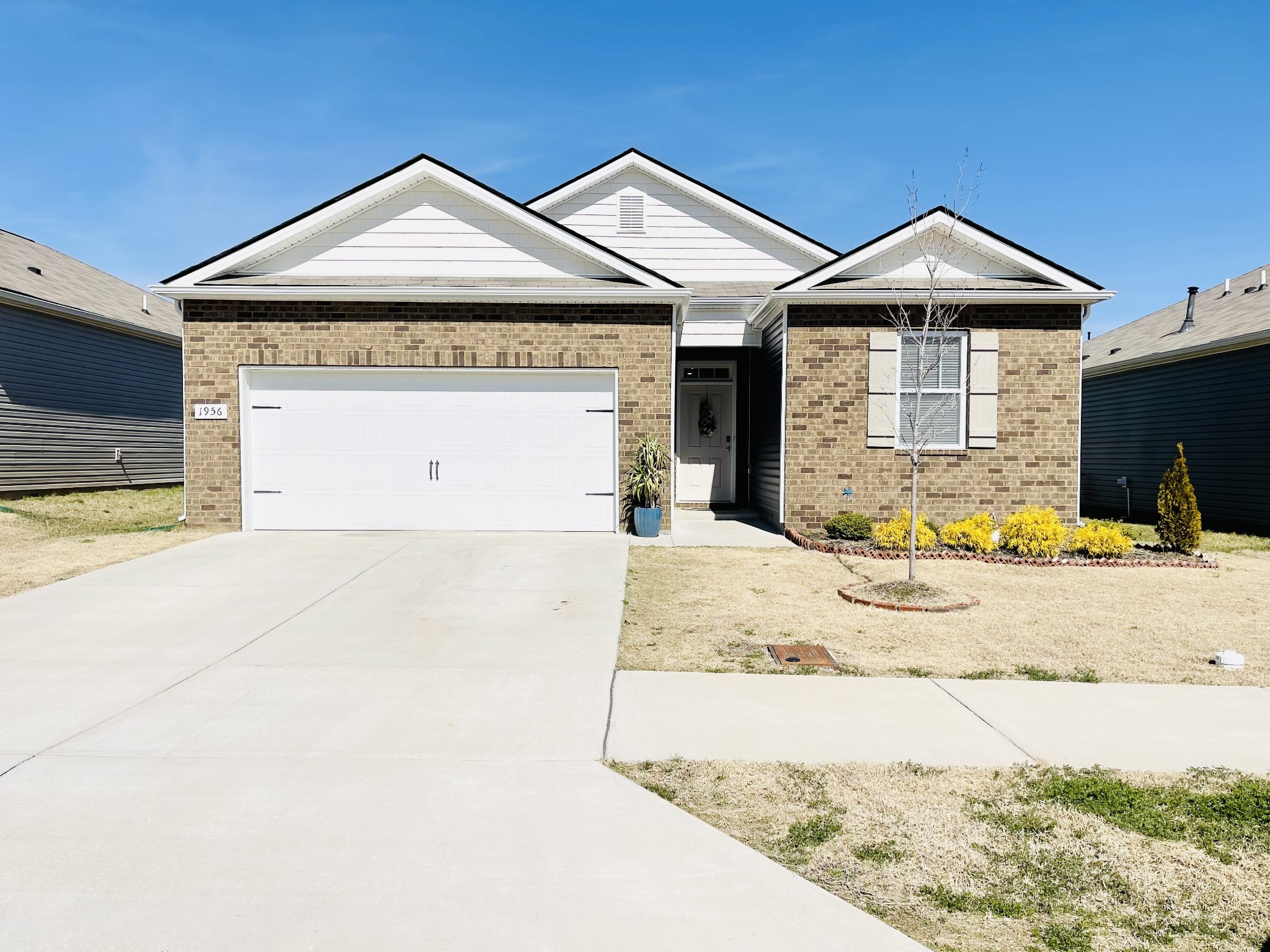1956 Peaceful Brook Dr Property Photo - Antioch, TN real estate listing
