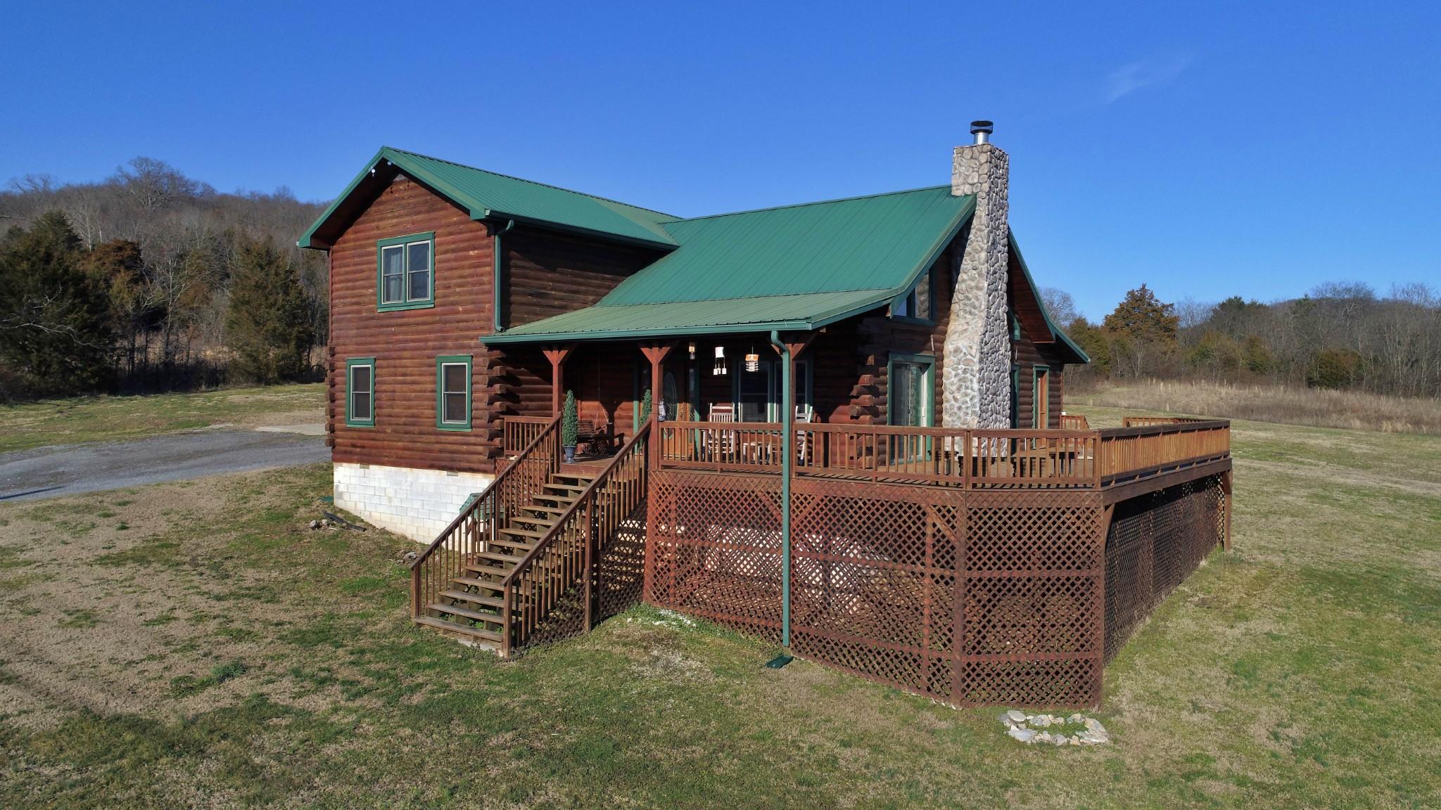 290 Crenshaw Rd Property Photo - Hartsville, TN real estate listing