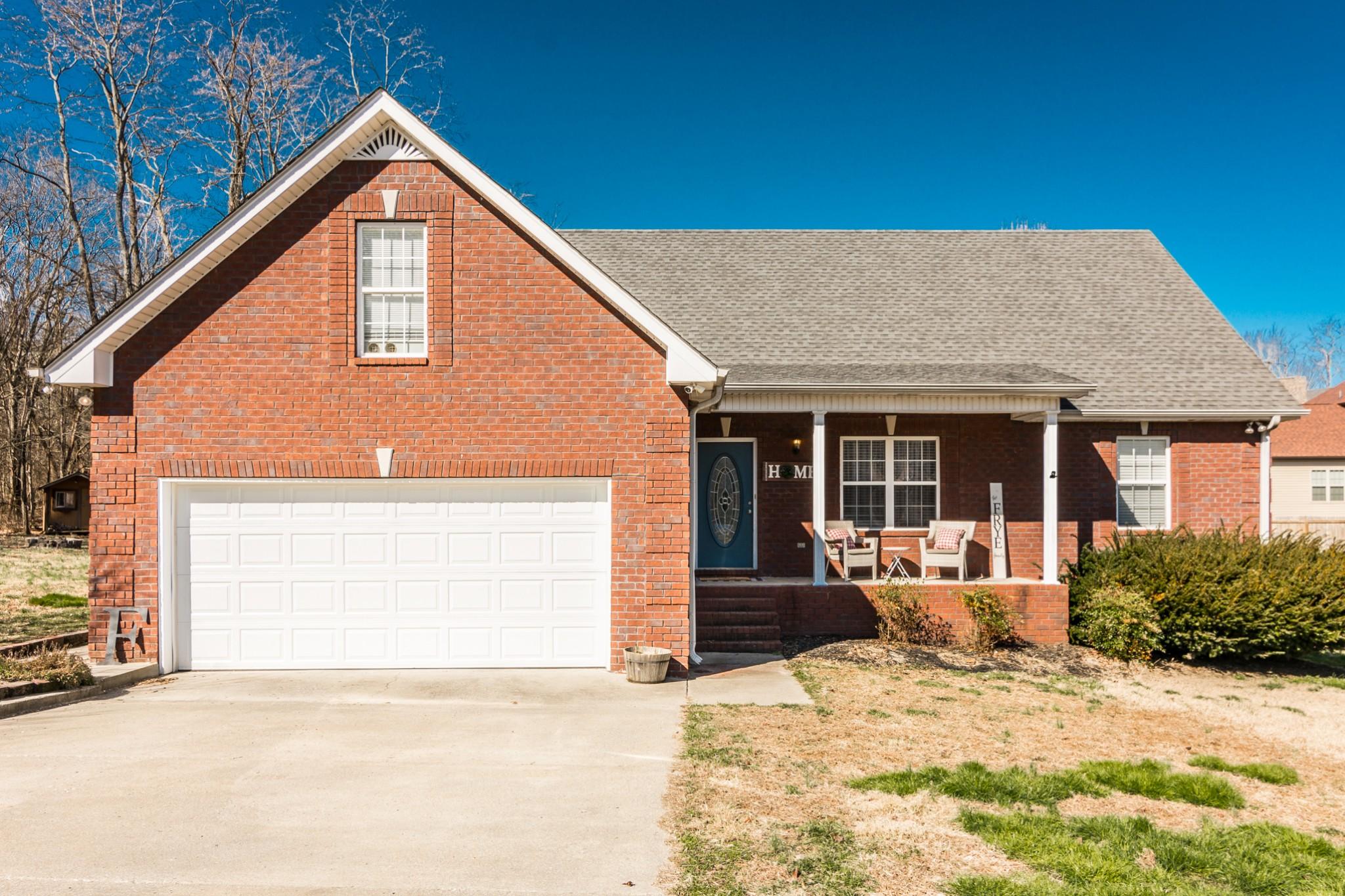 460 Robins Trl Property Photo - Westmoreland, TN real estate listing