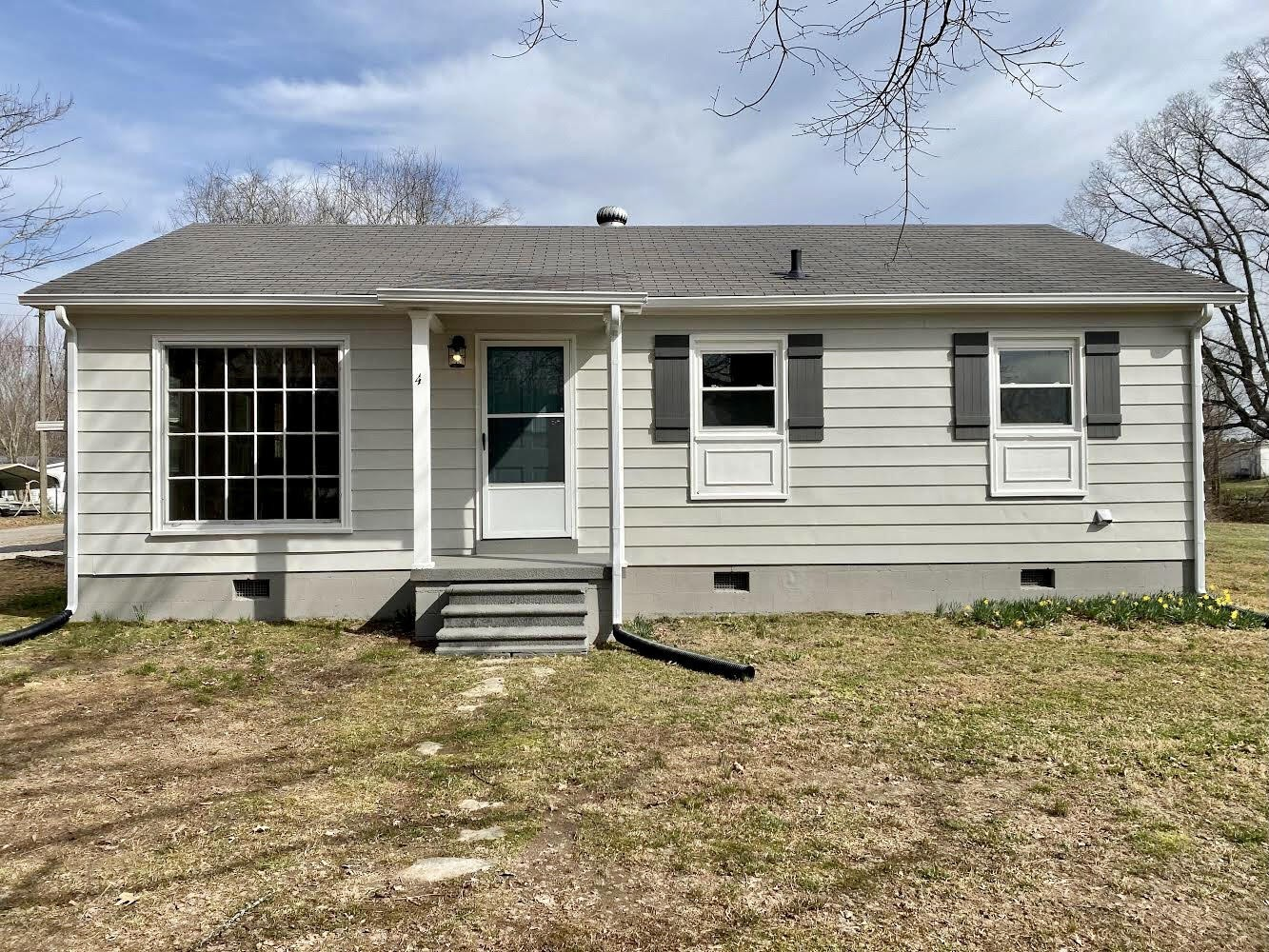 4 Hollis Ln. Property Photo - Leoma, TN real estate listing