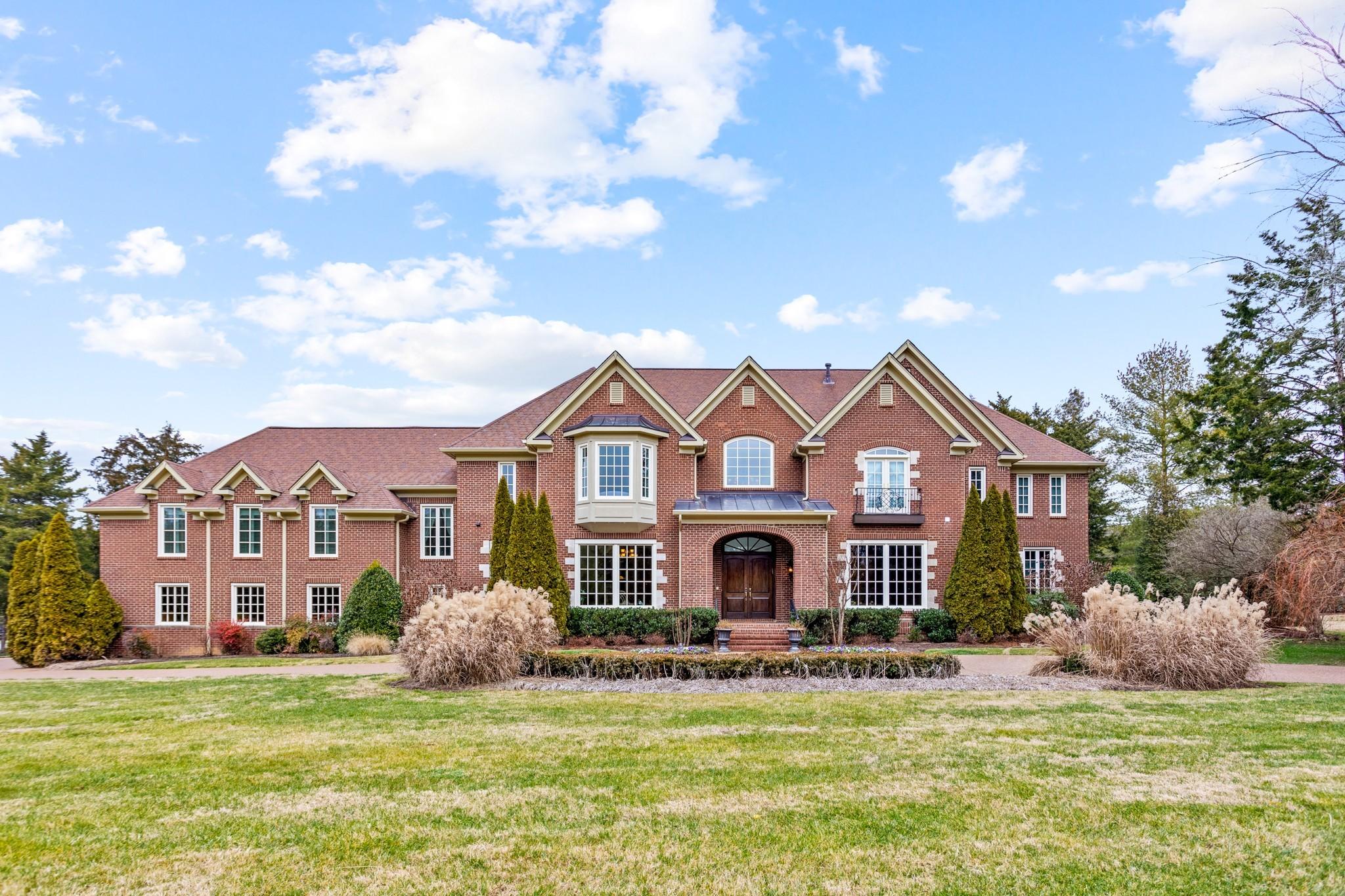 4 Bridleway Trl Property Photo - Nashville, TN real estate listing