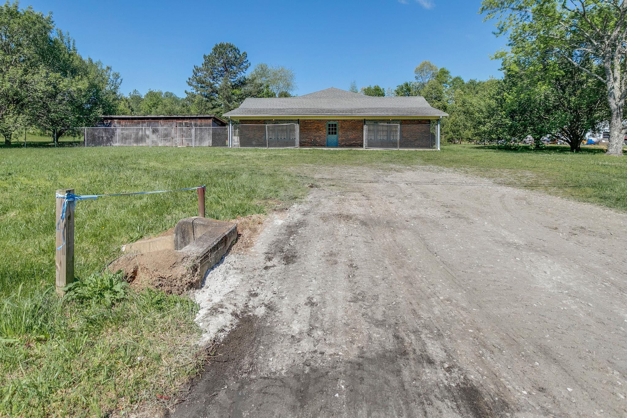 2545 Highway 43 S Property Photo - Leoma, TN real estate listing