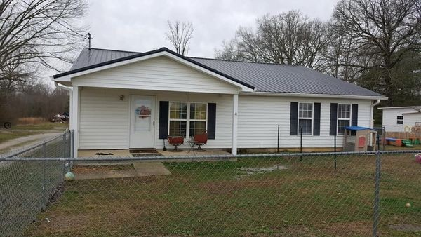 427 S Fair St Property Photo - Morrison, TN real estate listing