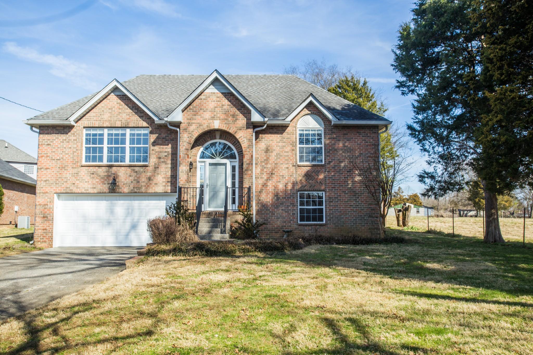 Ashlin Downs Subd Real Estate Listings Main Image