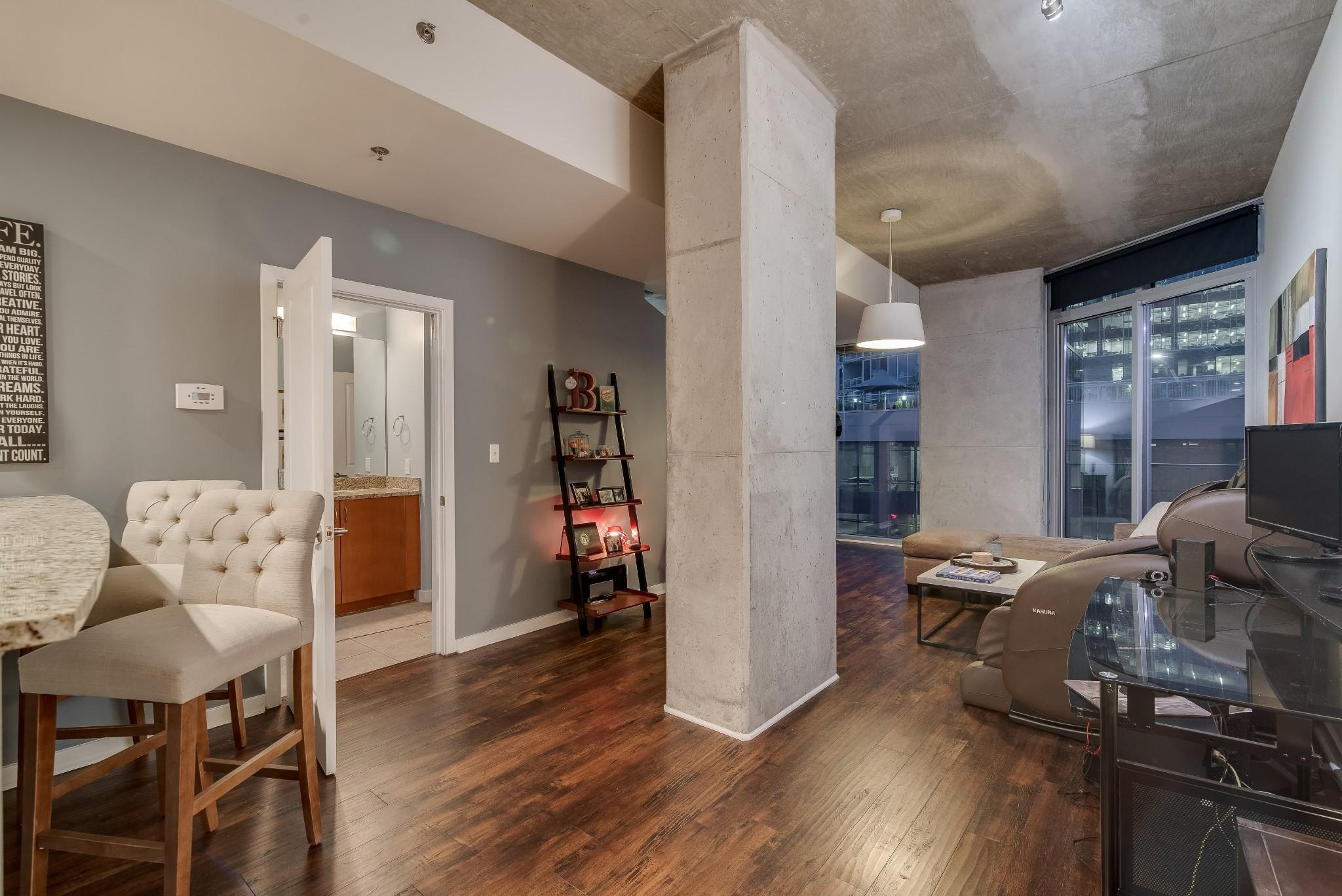 301 Demonbreun St, Unit 809 Property Photo - Nashville, TN real estate listing