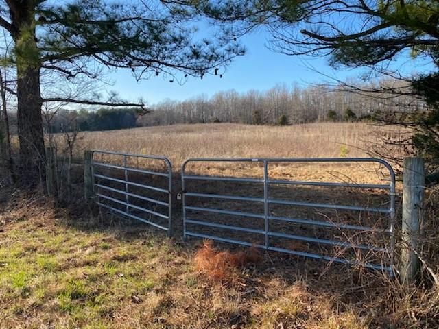 1955 Scenic Rd Property Photo - Lawrenceburg, TN real estate listing