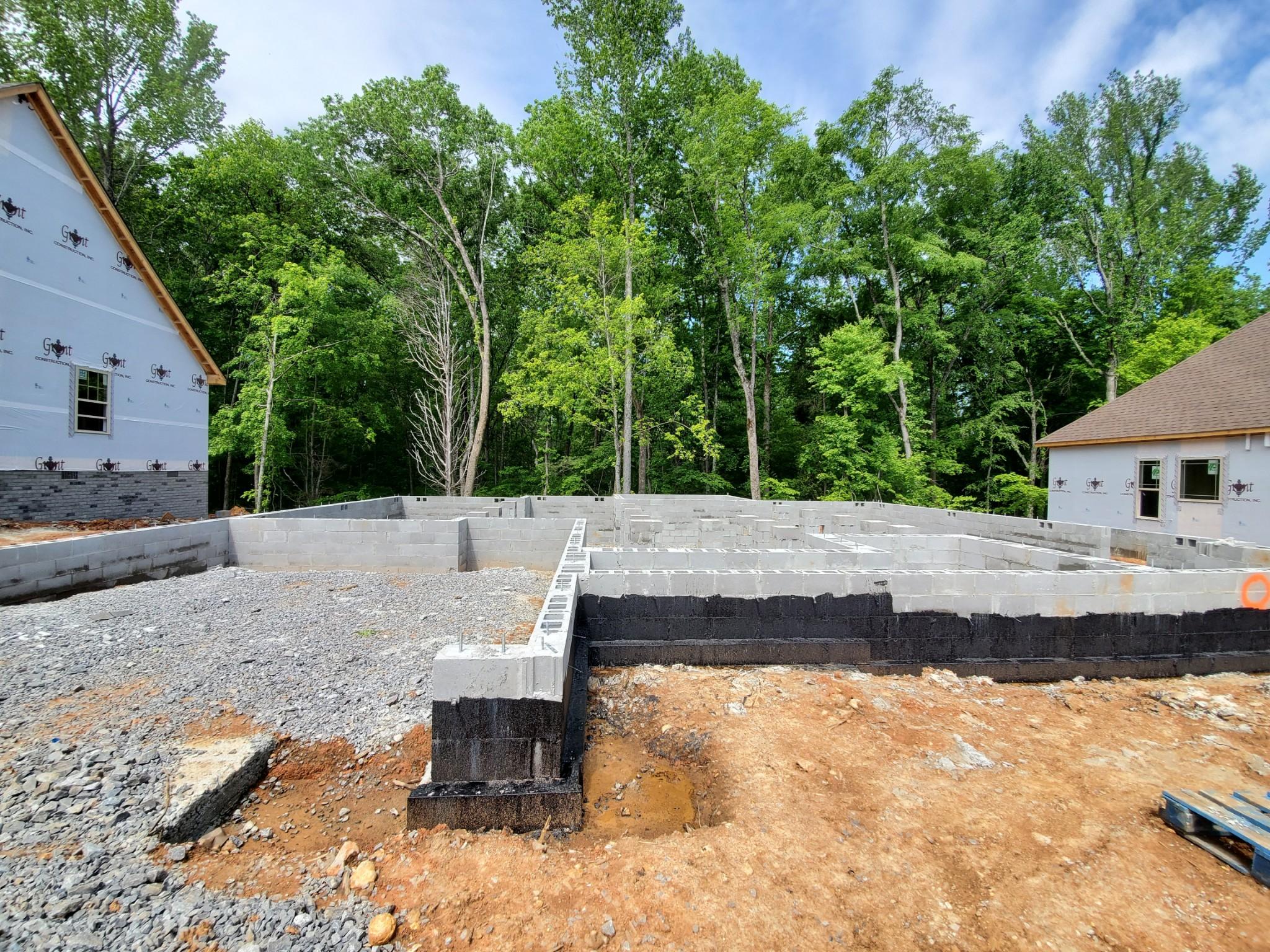8 Glenstone Village Property Photo - Clarksville, TN real estate listing