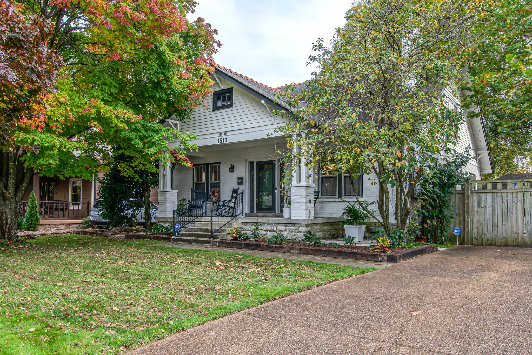1513 Clayton Ave Property Photo