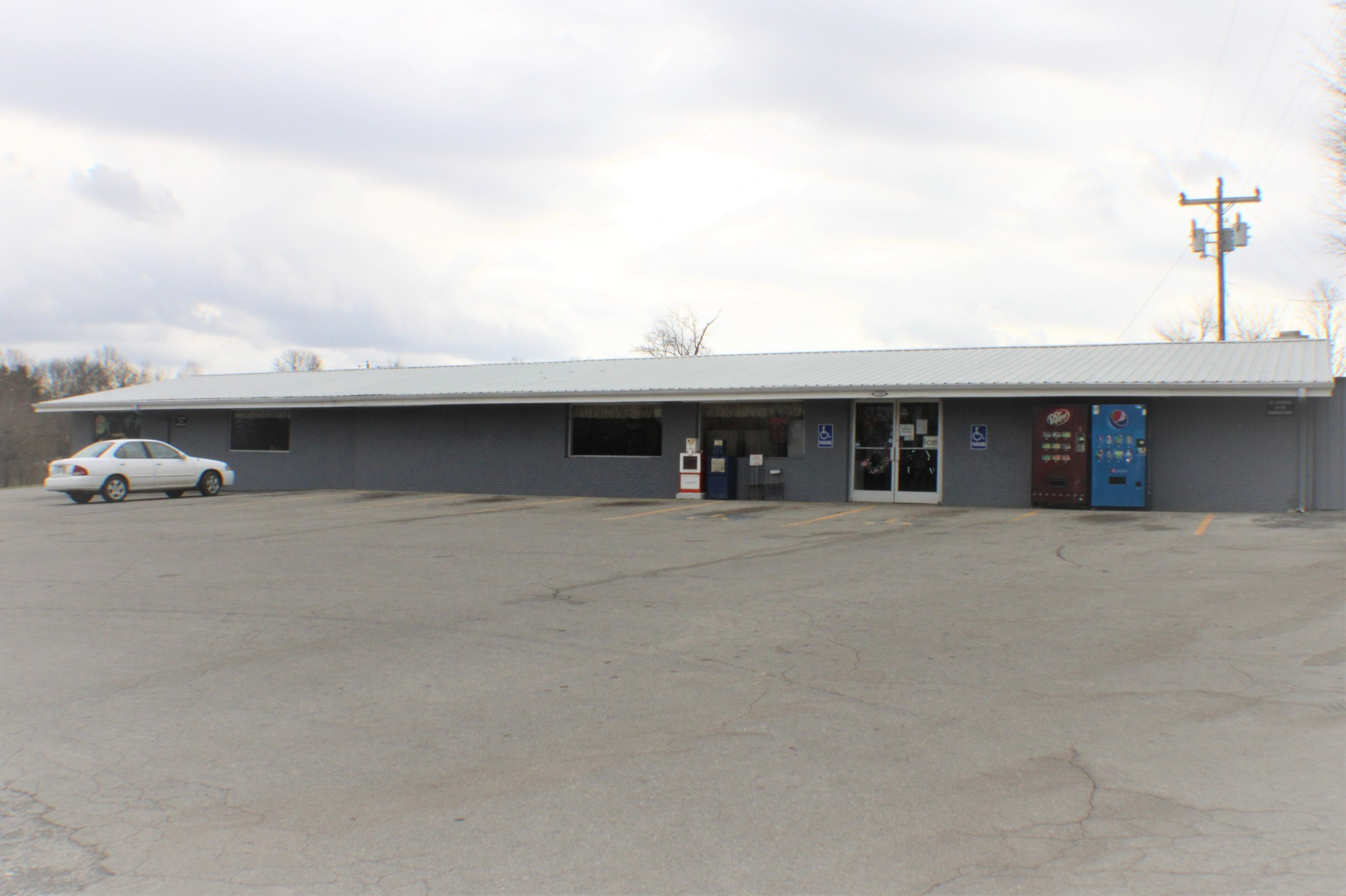 5305 Old Nashville Hwy Property Photo - Mc Minnville, TN real estate listing