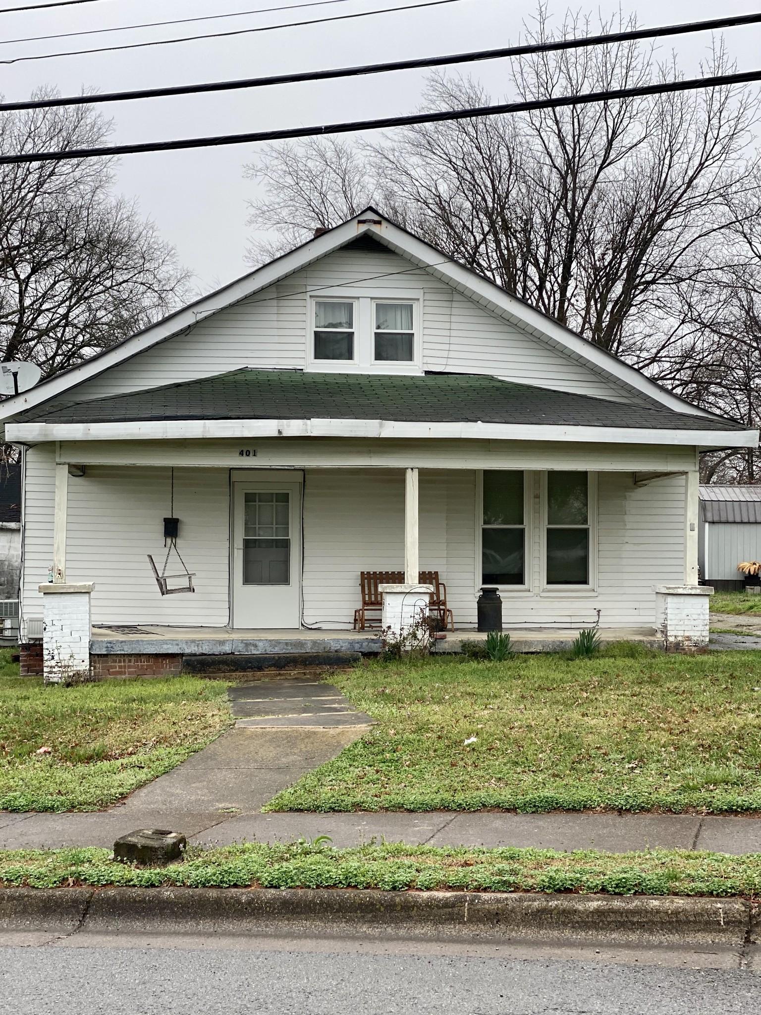 37160 Real Estate Listings Main Image
