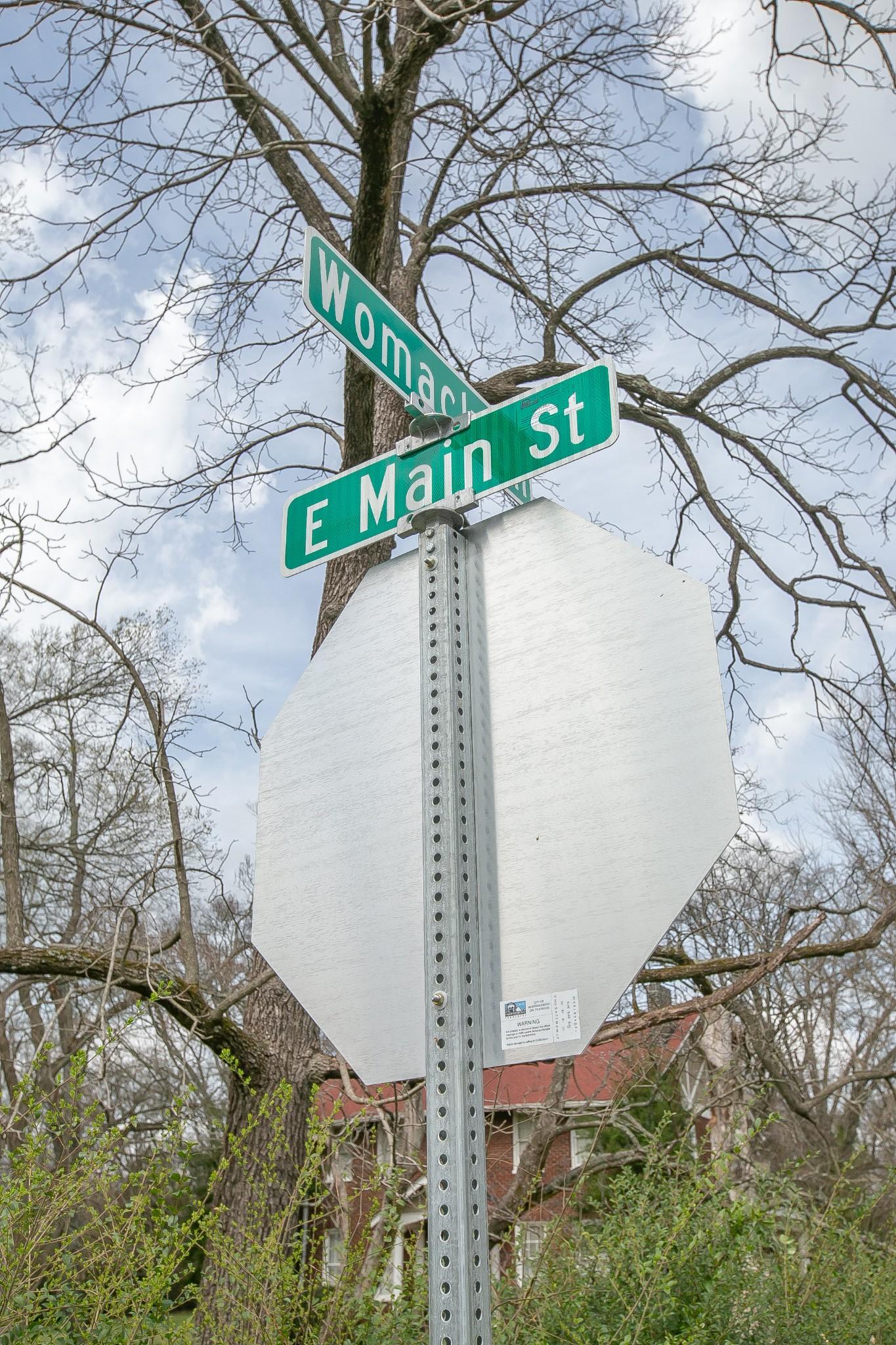 1629 East Main Street Property Photo 1