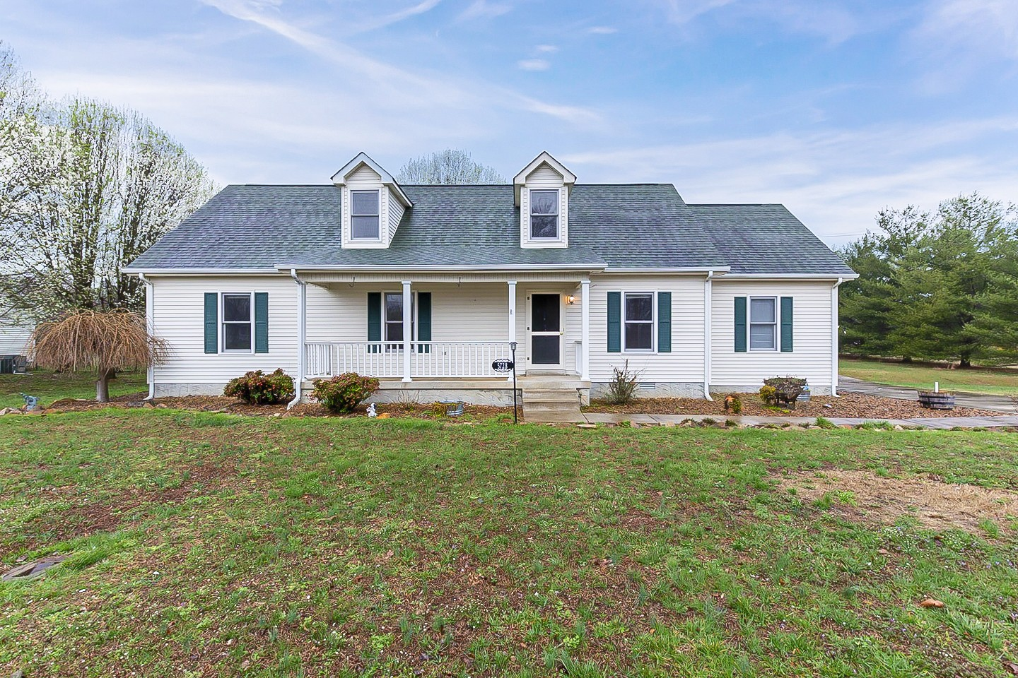 5728 Montaque Ave Property Photo - Rockvale, TN real estate listing