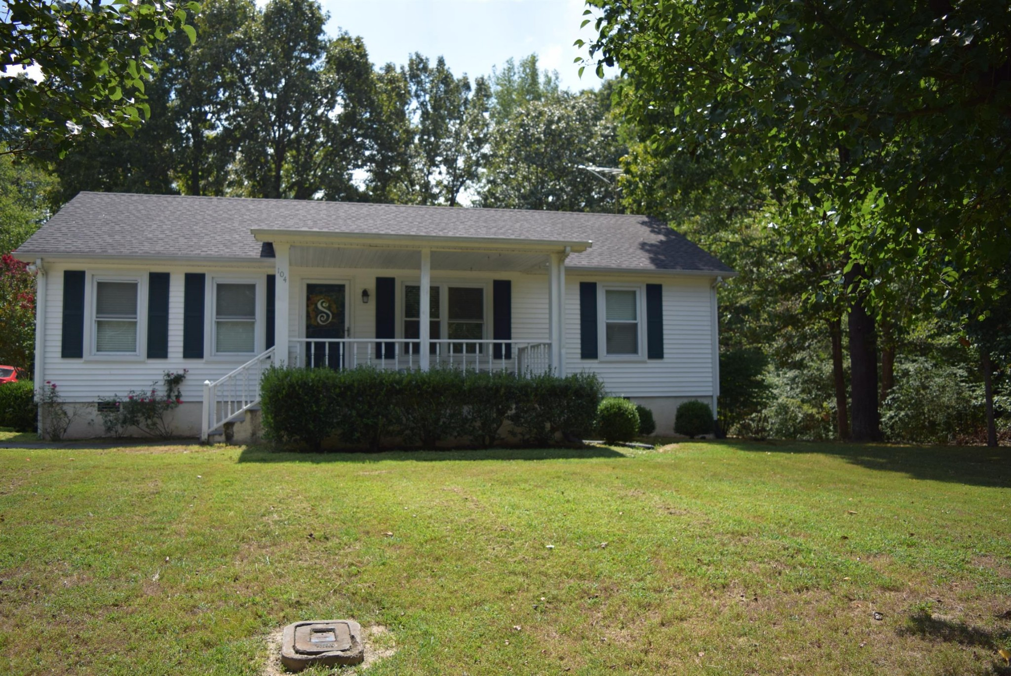 104 Windy Hills Ln Property Photo - MC EWEN, TN real estate listing