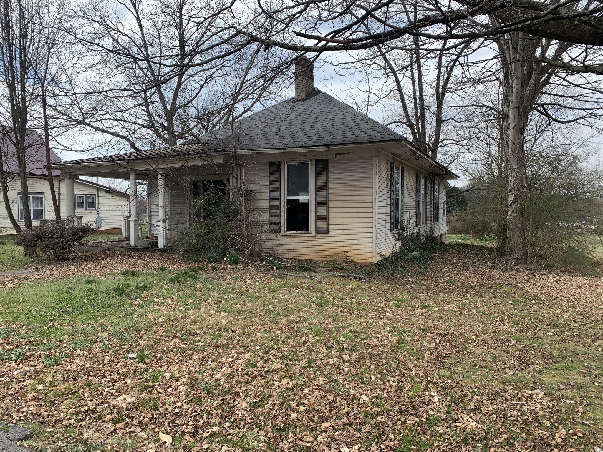 414 S Vine St Property Photo - Winchester, TN real estate listing