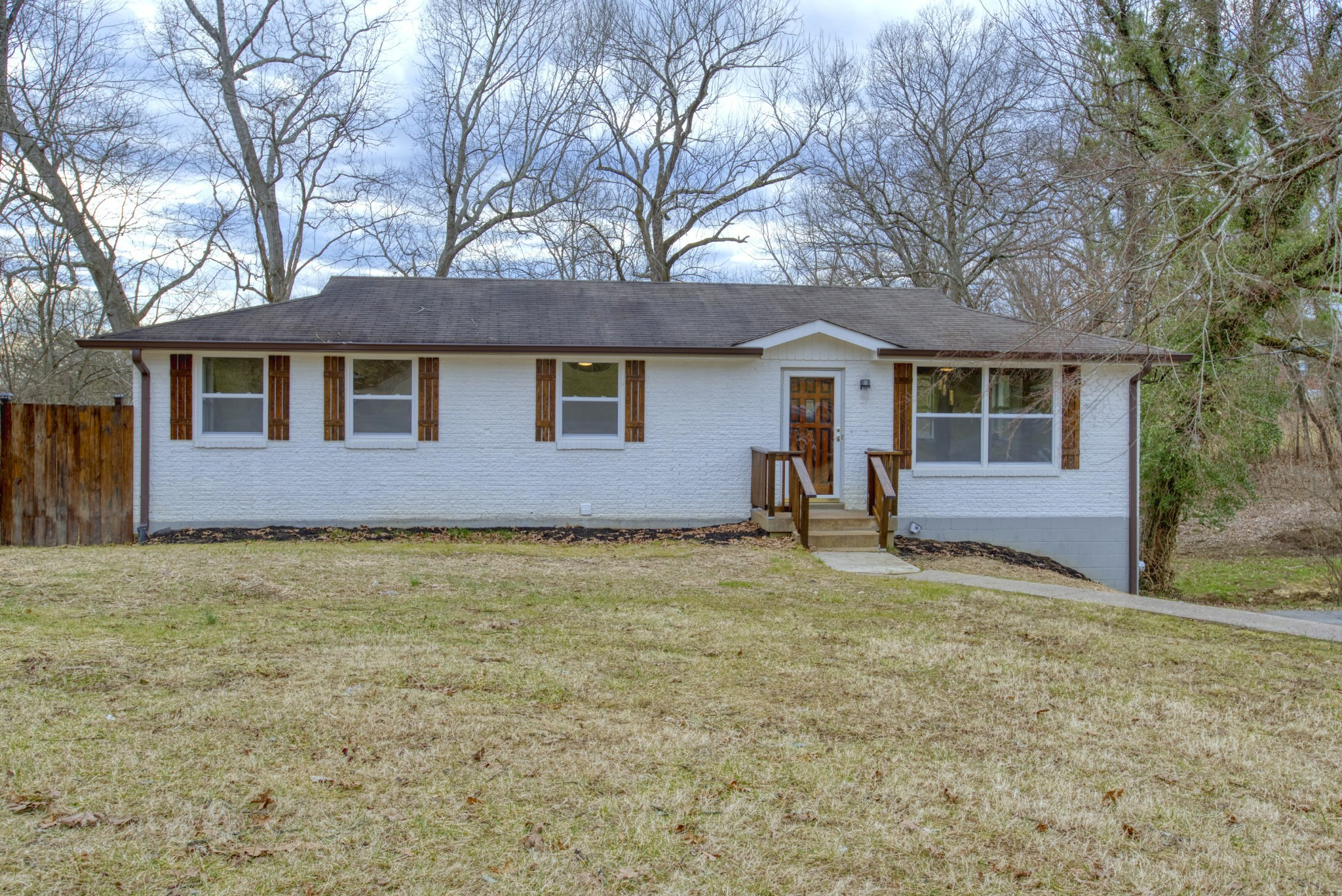 172 Cranwill Dr Property Photo - Hendersonville, TN real estate listing