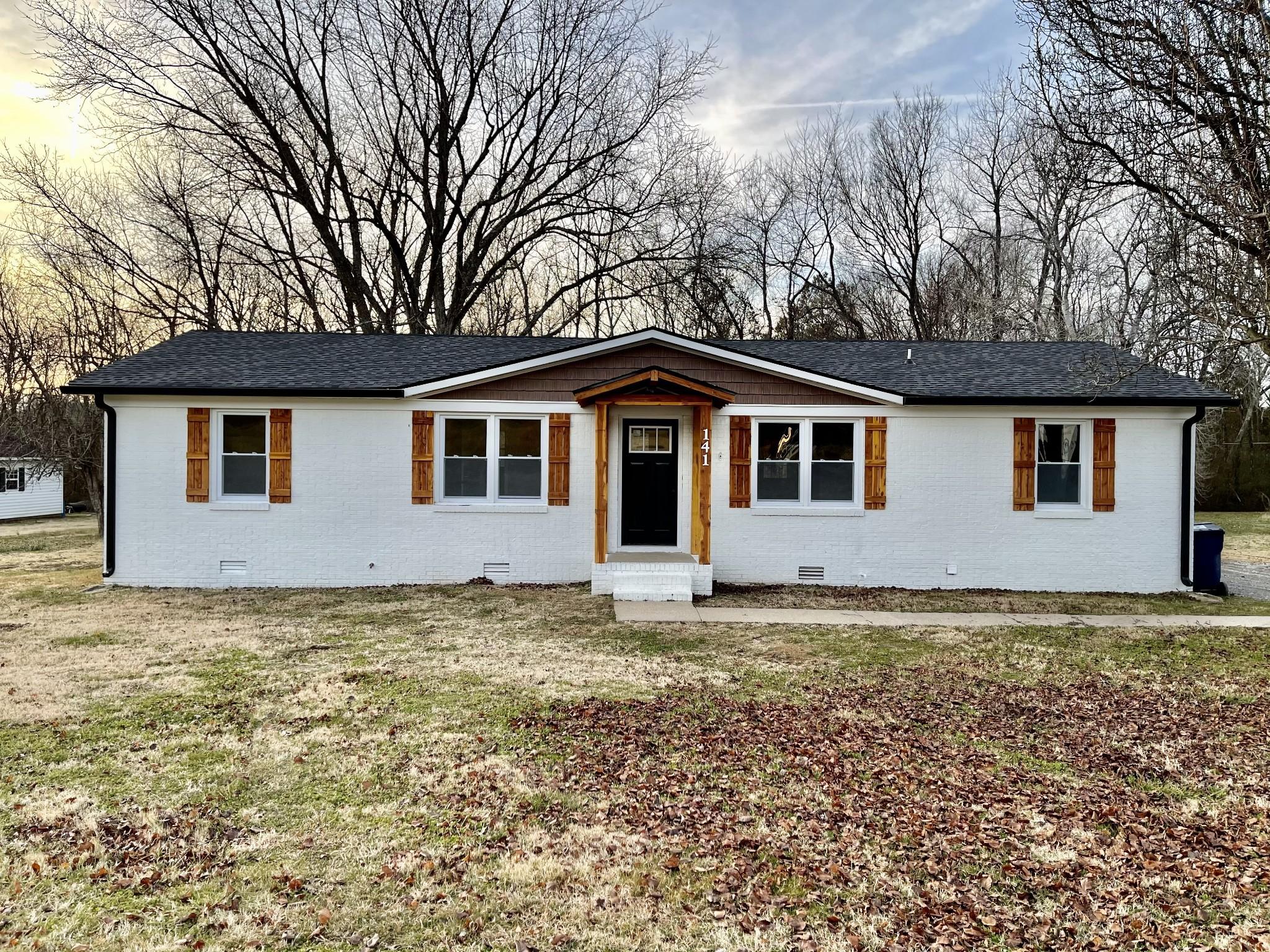 141 Underwood St Property Photo - Cornersville, TN real estate listing
