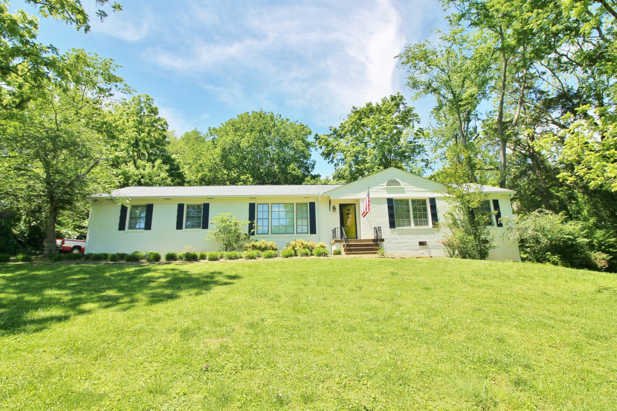198 Barker Rd Property Photo - Nashville, TN real estate listing
