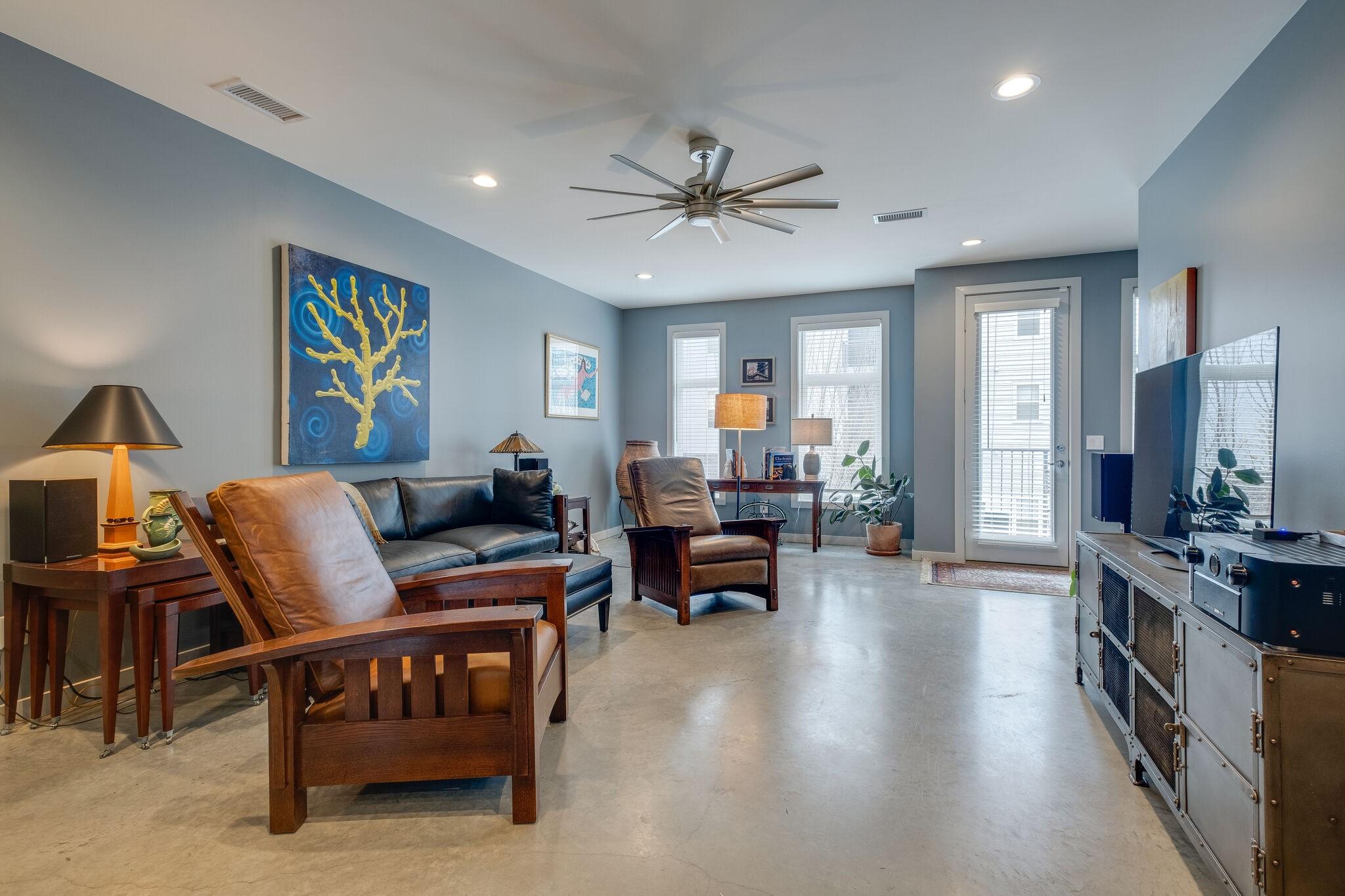 725 Cleo Miller Dr Property Photo - Nashville, TN real estate listing