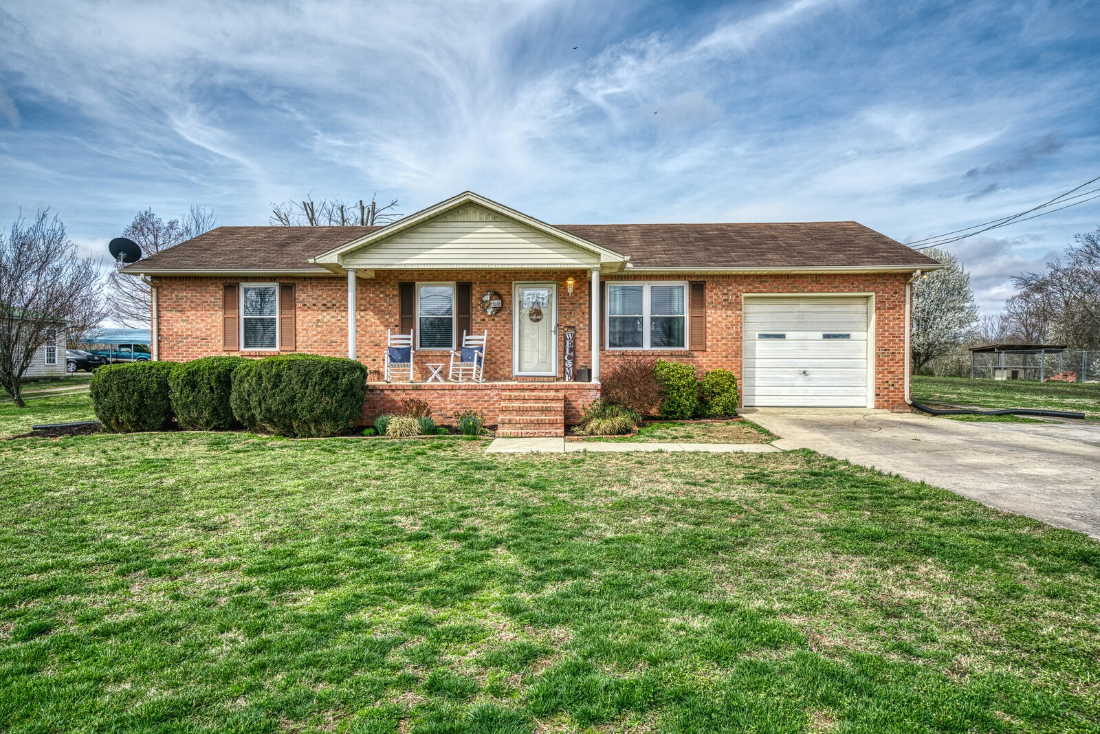 196 Kellee Dr Property Photo - Dowelltown, TN real estate listing