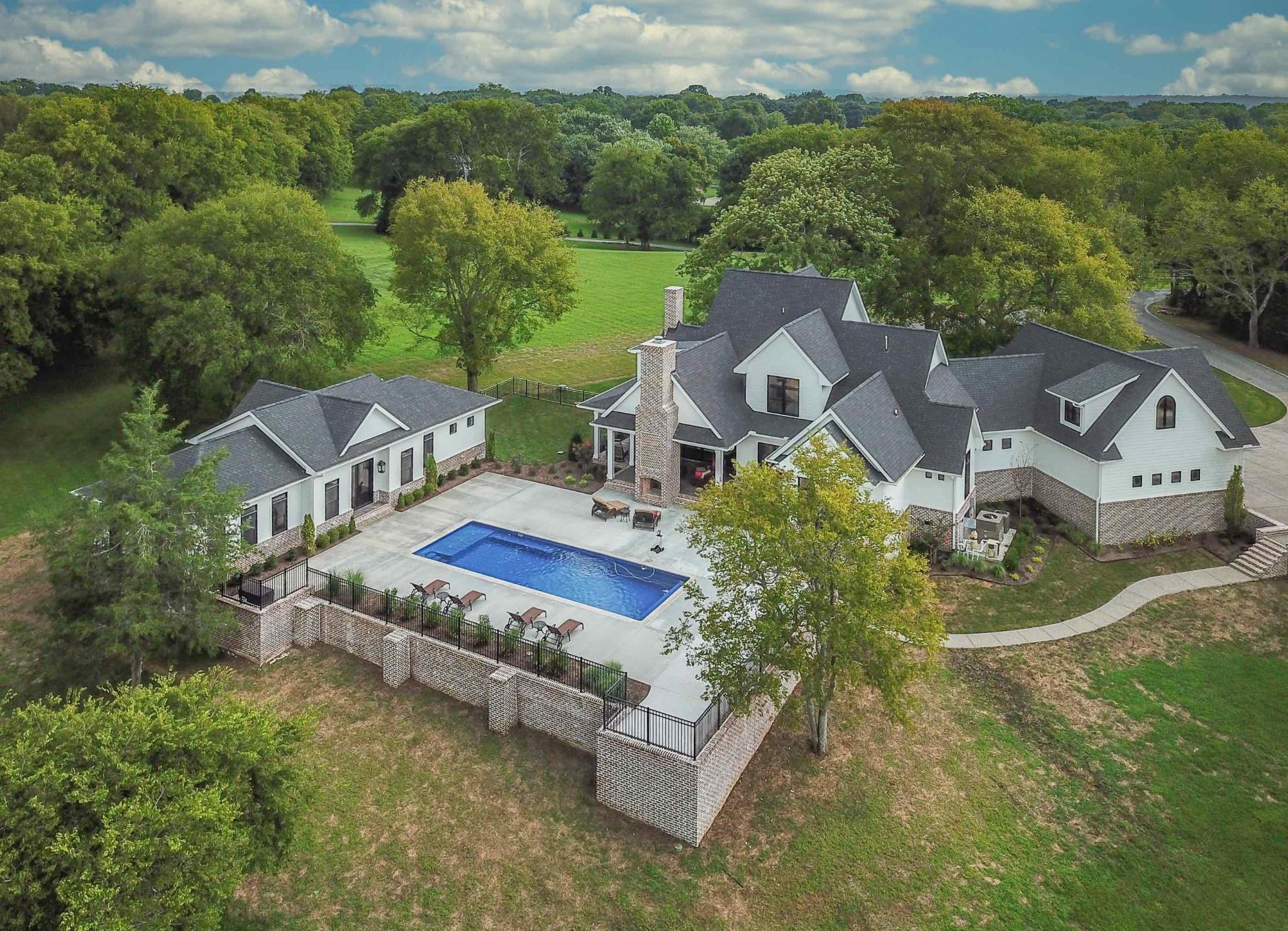 1106B Bradley Rd Property Photo - Gallatin, TN real estate listing