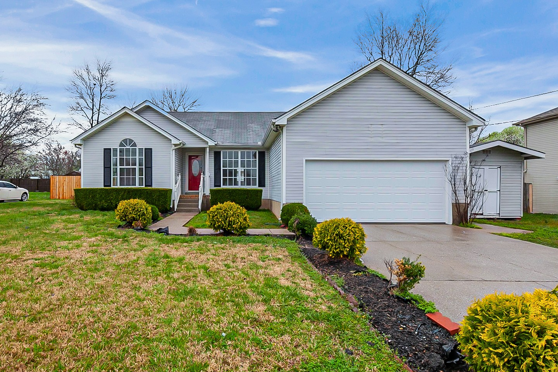 408 Britt Ln Property Photo - LA VERGNE, TN real estate listing