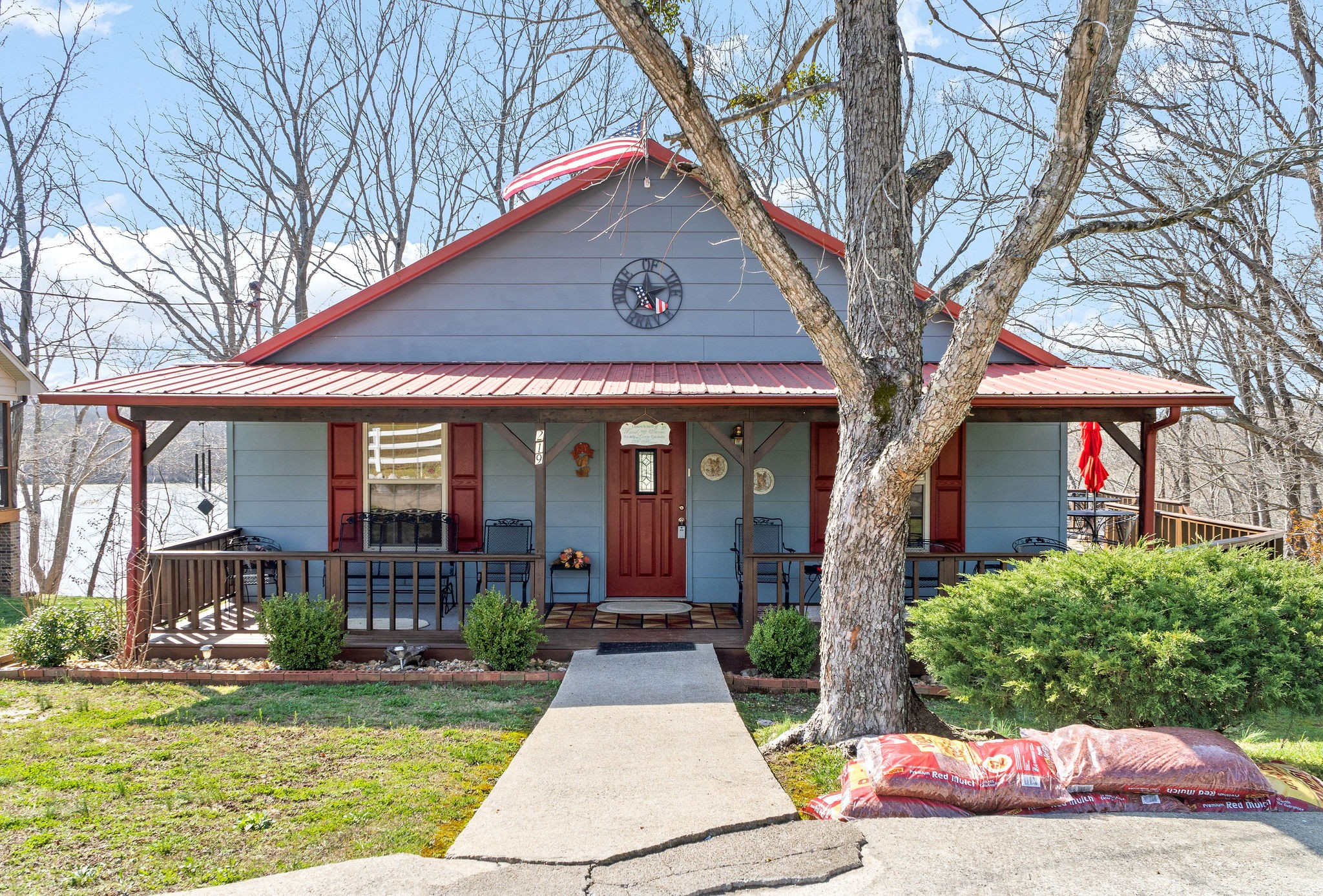 219 Lewis Cir Property Photo - Dover, TN real estate listing