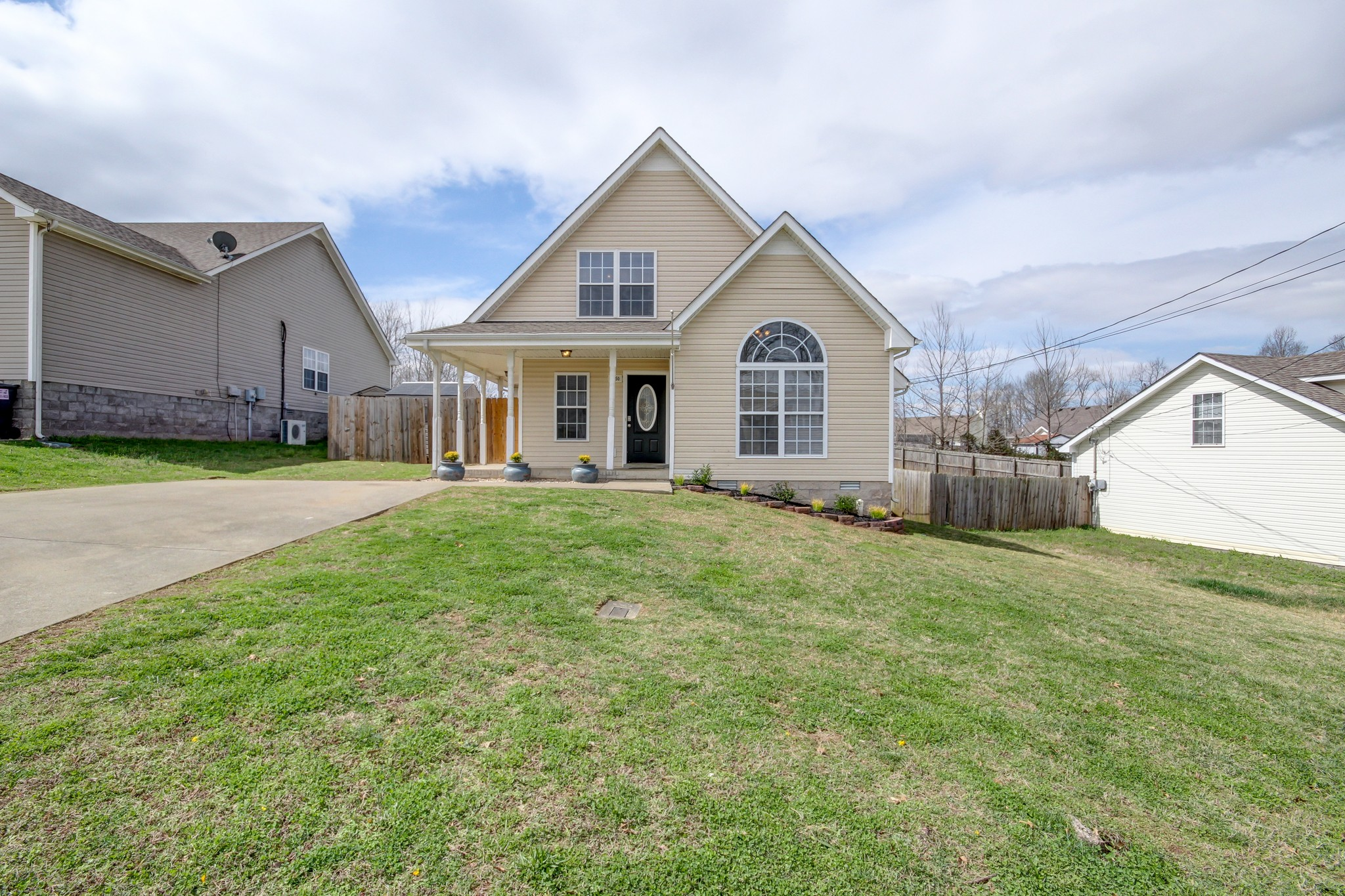 2850 Rome Ln Property Photo - Clarksville, TN real estate listing
