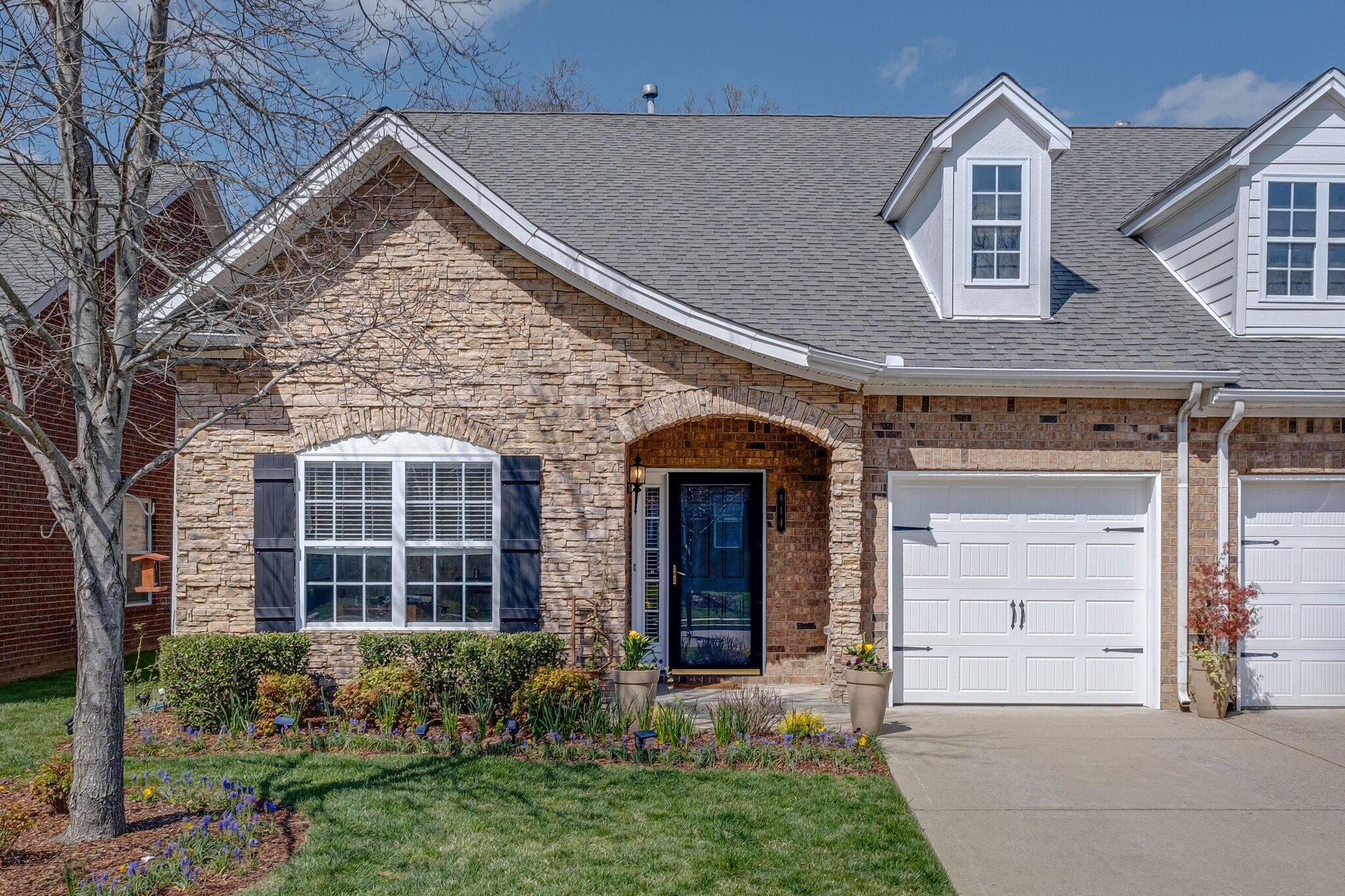 814 Barrington Place Dr Property Photo - Brentwood, TN real estate listing