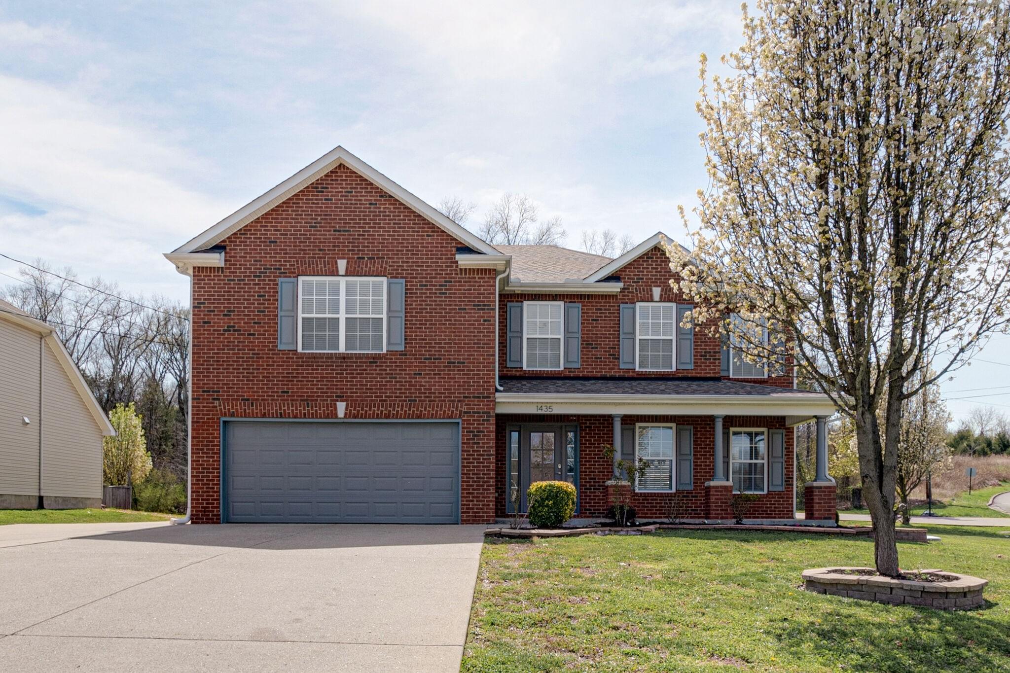 1435 E Nir Shreibman Blvd Property Photo - LA VERGNE, TN real estate listing