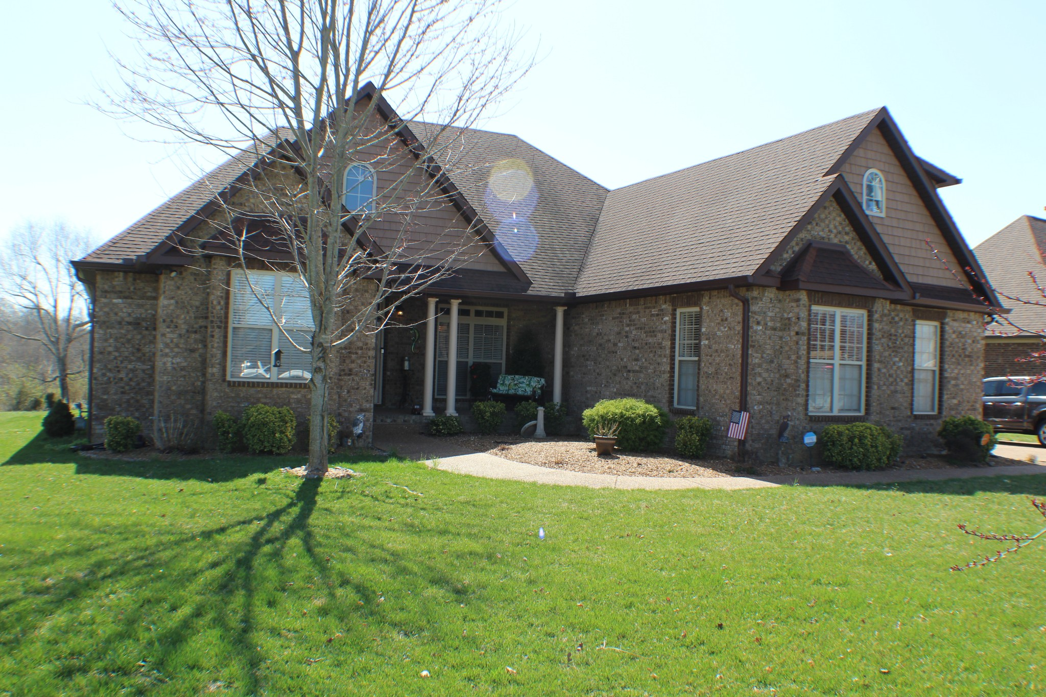 1056 Carrs Creek Blvd Property Photo - Greenbrier, TN real estate listing