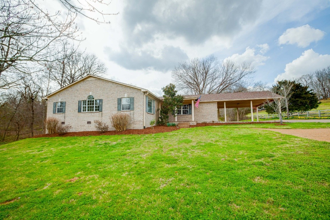 1966 Burke Hollow Rd Property Photo - Nolensville, TN real estate listing