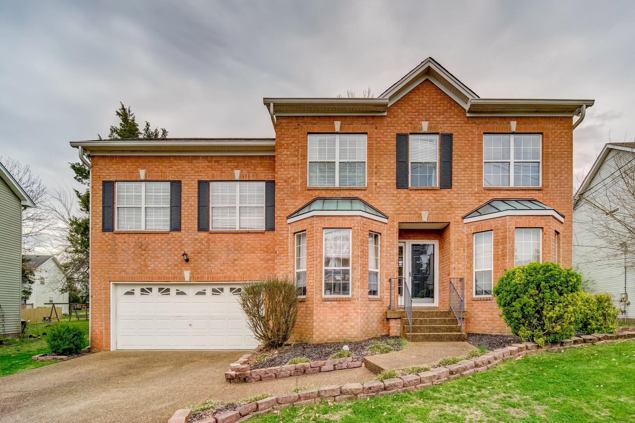 105 Brunswick Dr Property Photo - Hendersonville, TN real estate listing