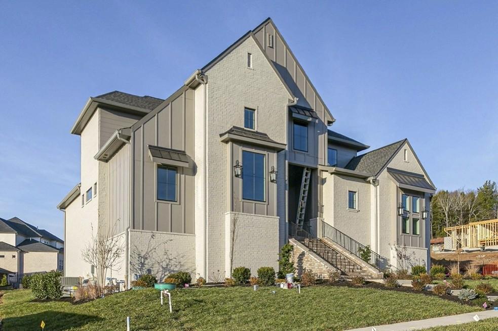 204 Lookaway Circle Property Photo - Franklin, TN real estate listing