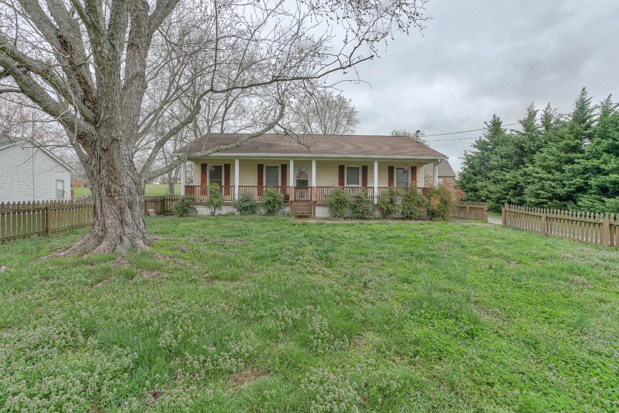 918 Hillcrest Drive Property Photo - Eagleville, TN real estate listing