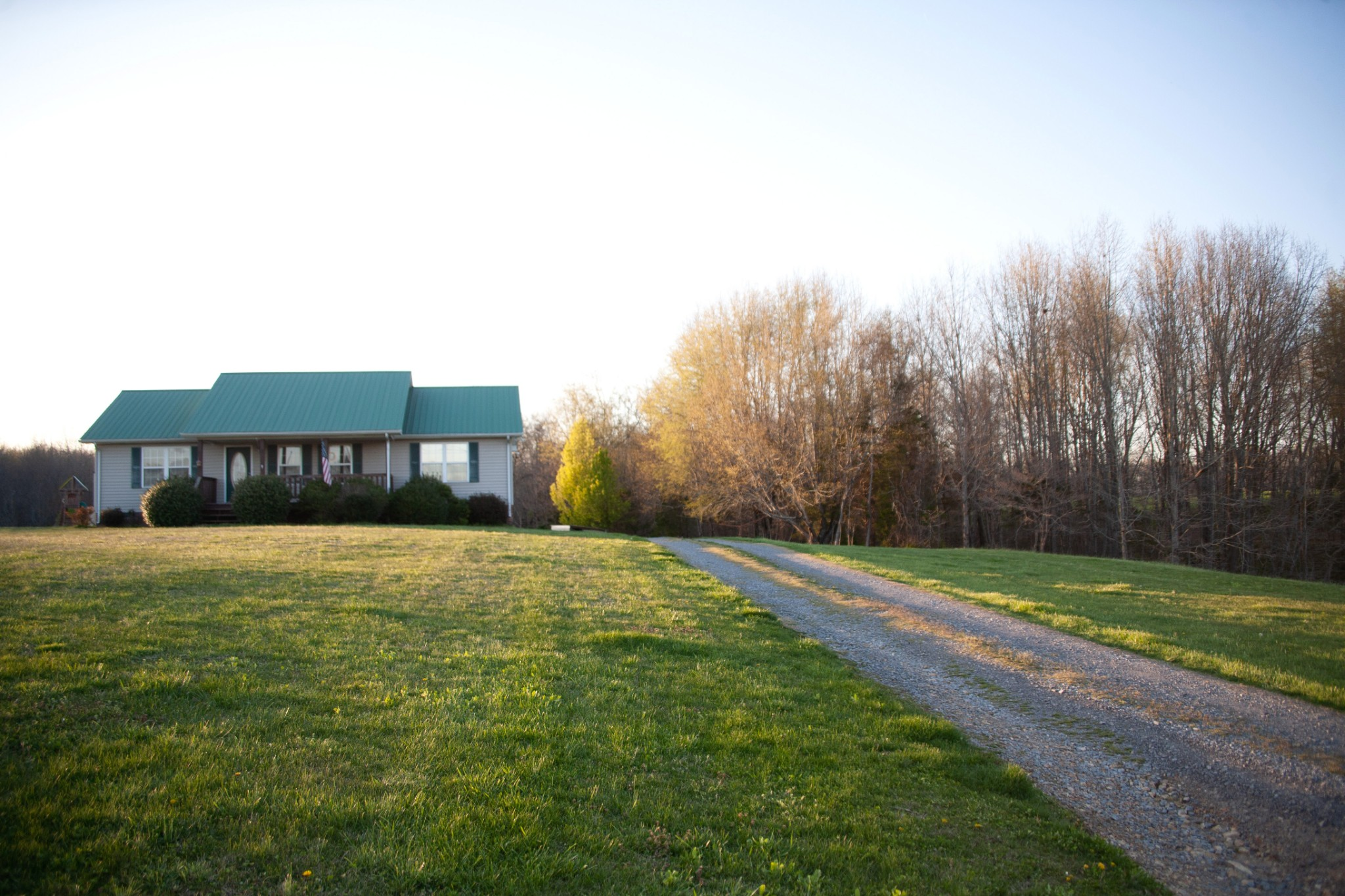 2122 Carthage Rd Property Photo - Red Boiling Springs, TN real estate listing