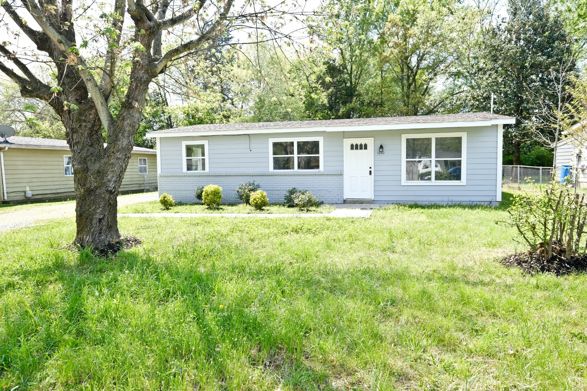 1010 Wingate St Property Photo