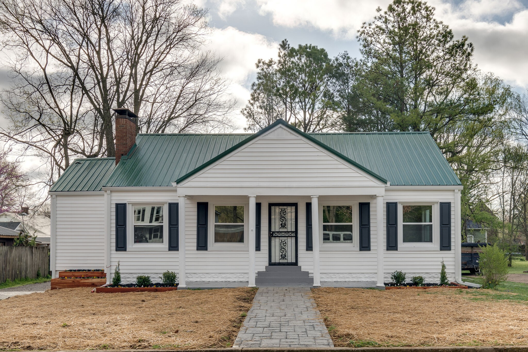 204 S Cherry St Property Photo - Mount Pleasant, TN real estate listing